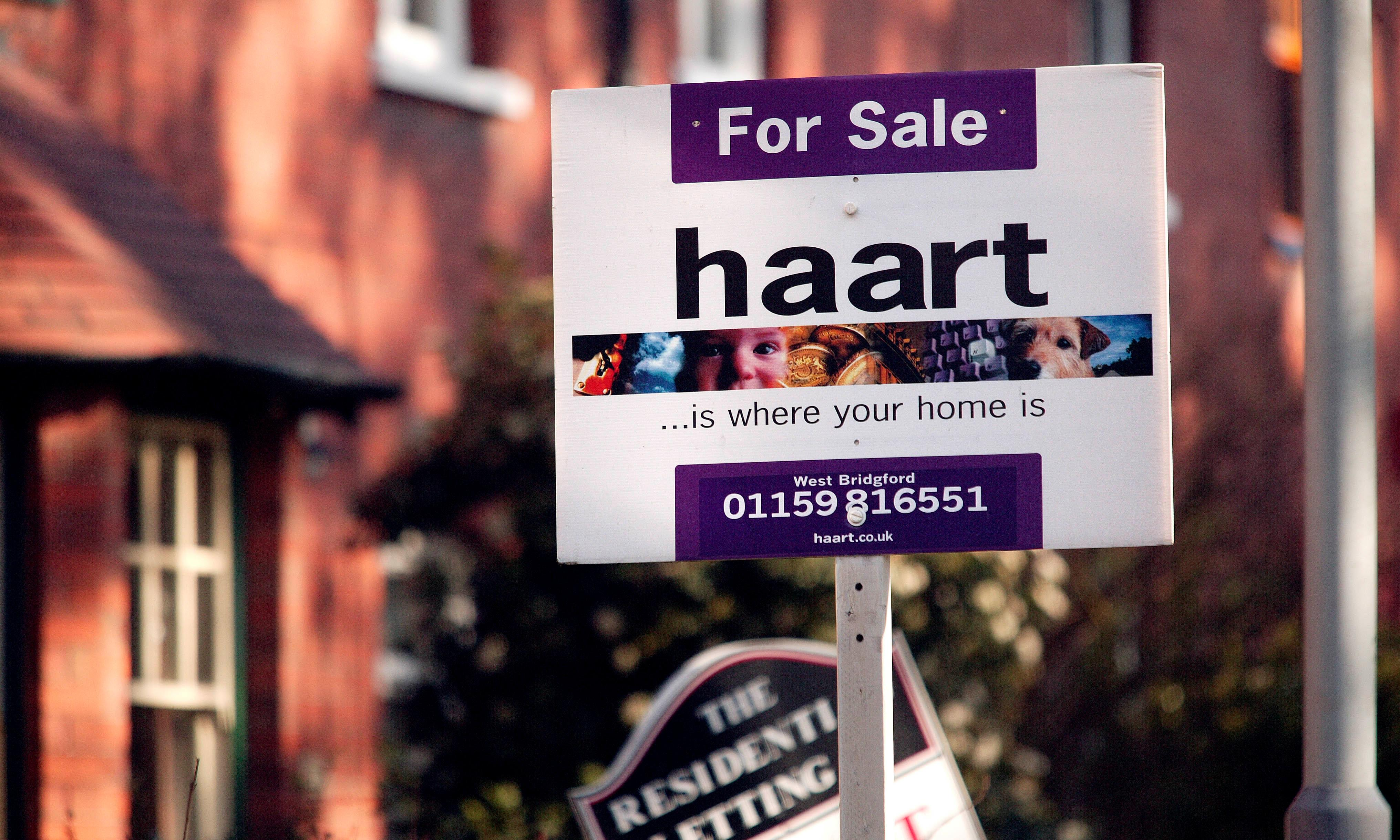 I want to buy a home – can I get a mortgage now I'm freelance?