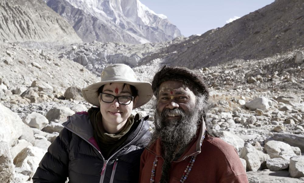 Sue Perkins with Nirmla Baba at the source of the Ganges.