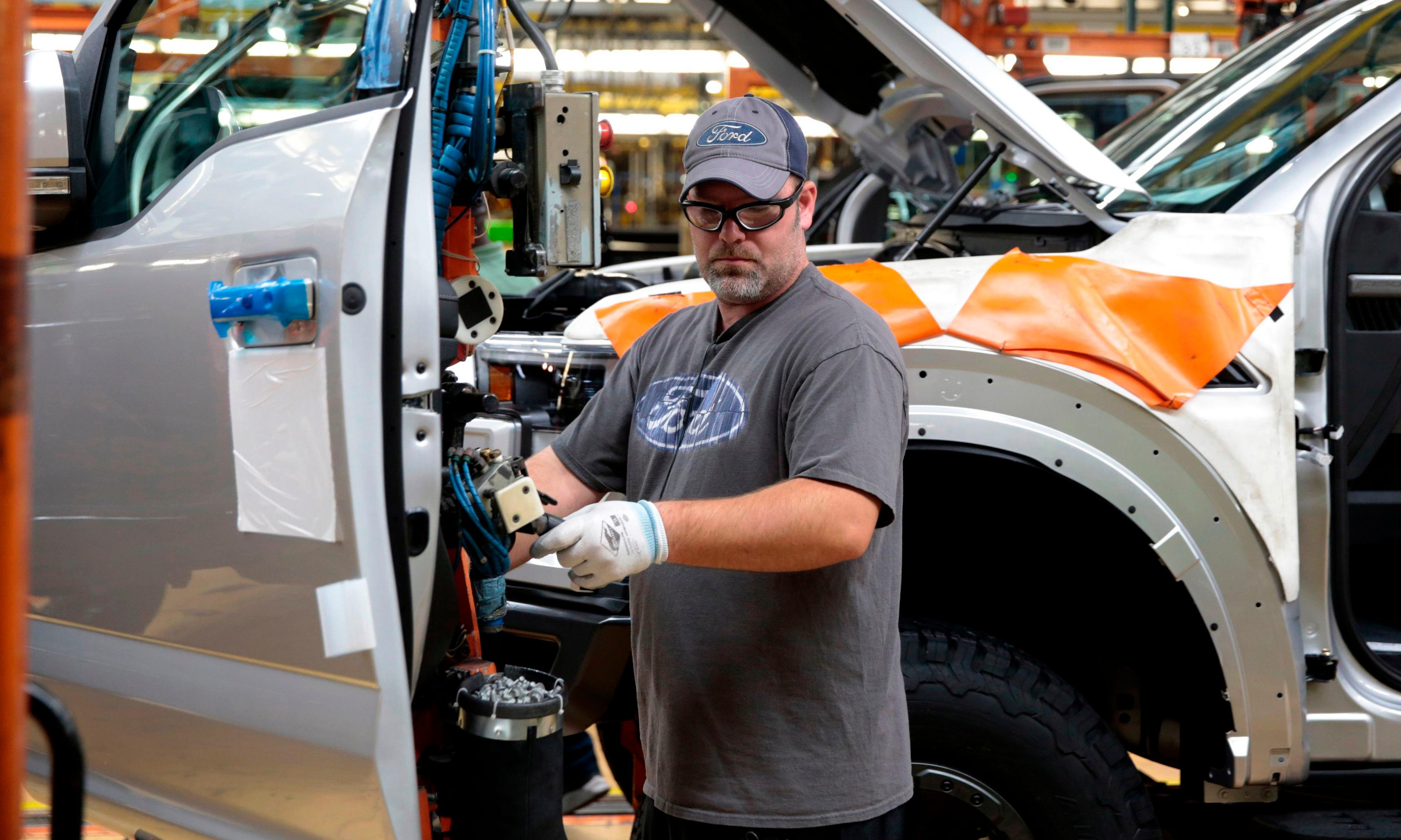 Trump's trade tactics imperil the jobs of those who might vote for his second term