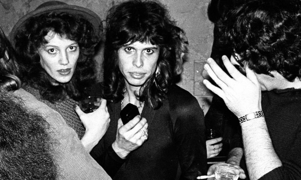 Aerosmith frontman Steven Tyler at a party with Julia Holcomb in 1975.