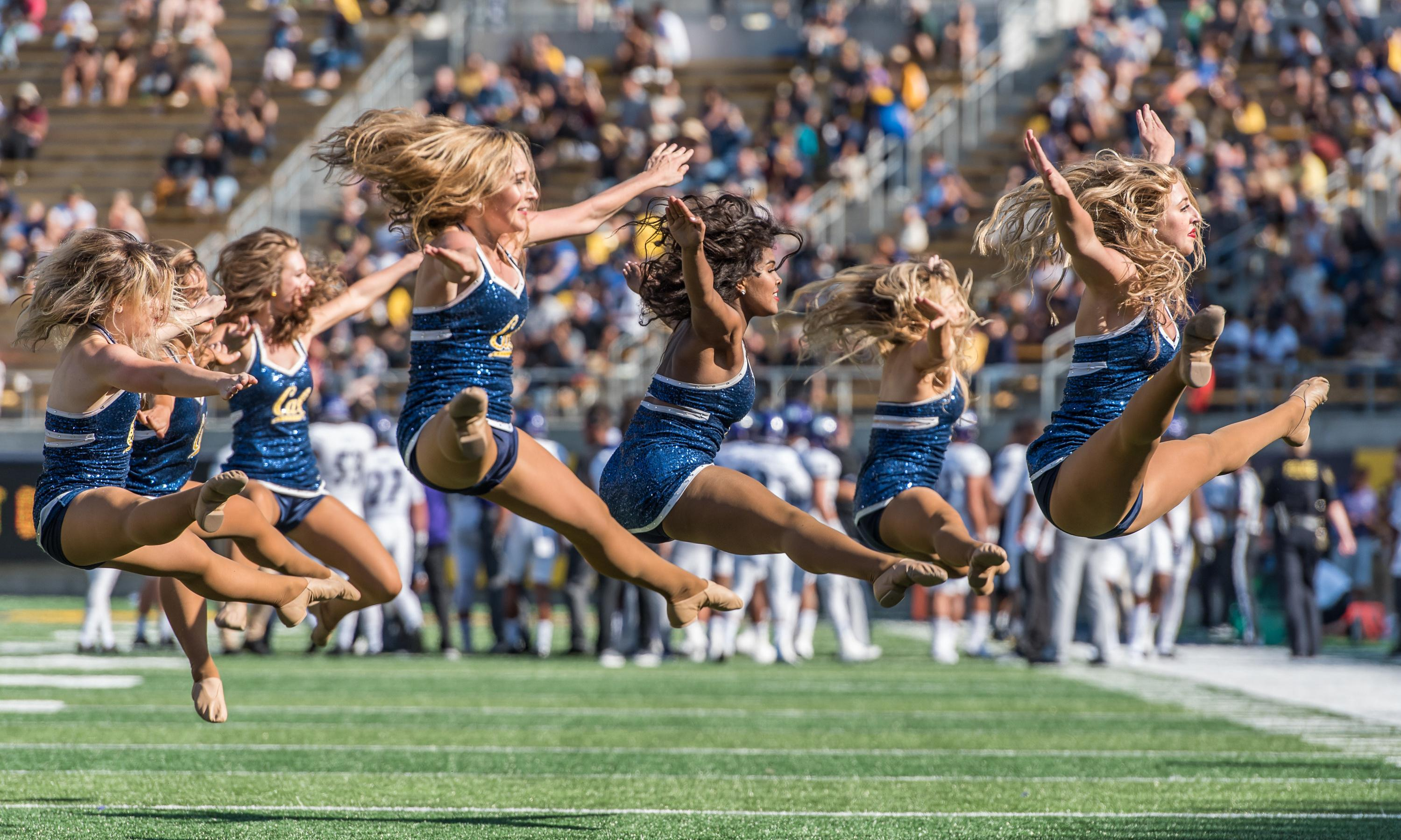 Former UC Berkeley cheerleader says coaches ignored concussions in lawsuit