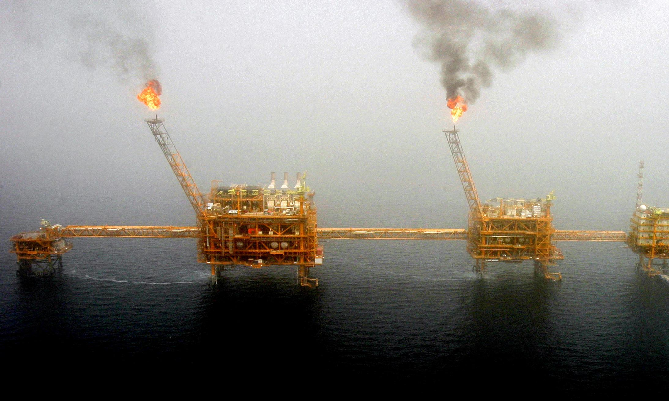 US imposes sanctions on Iran's largest petrochemical group