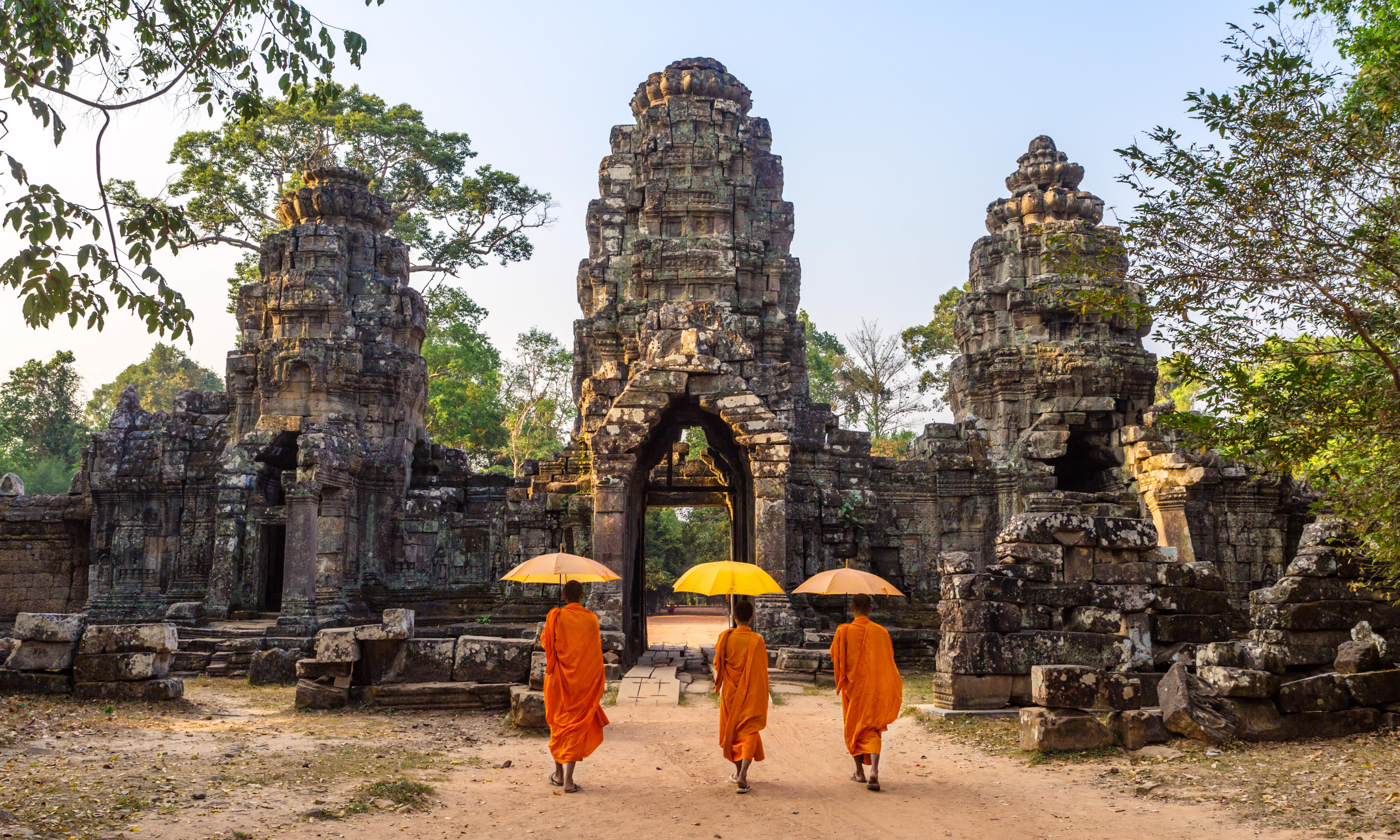 Running among the ruins: seeing Cambodia at a trot