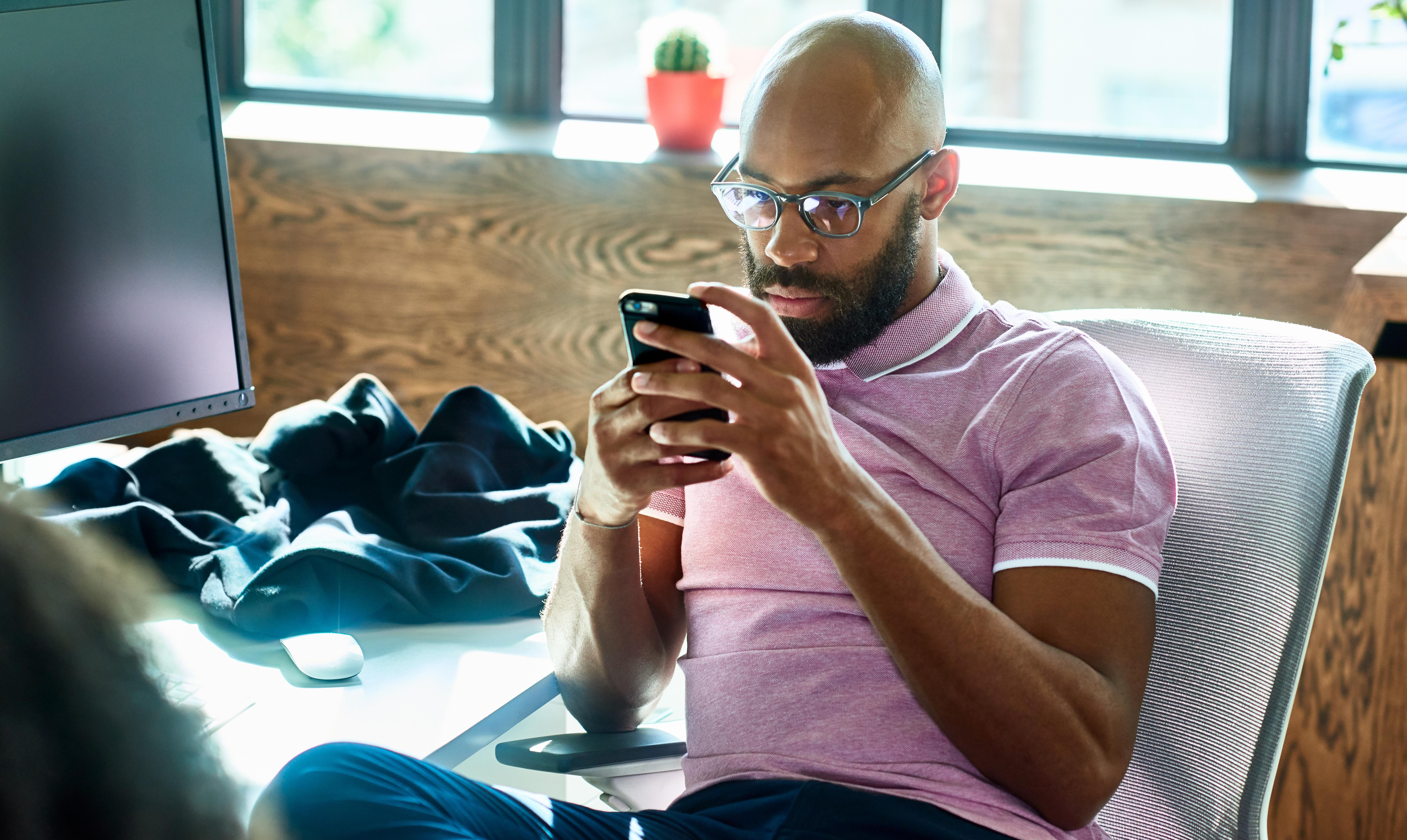 'Stop the email ping-pong': nine ways to avoid digital distraction