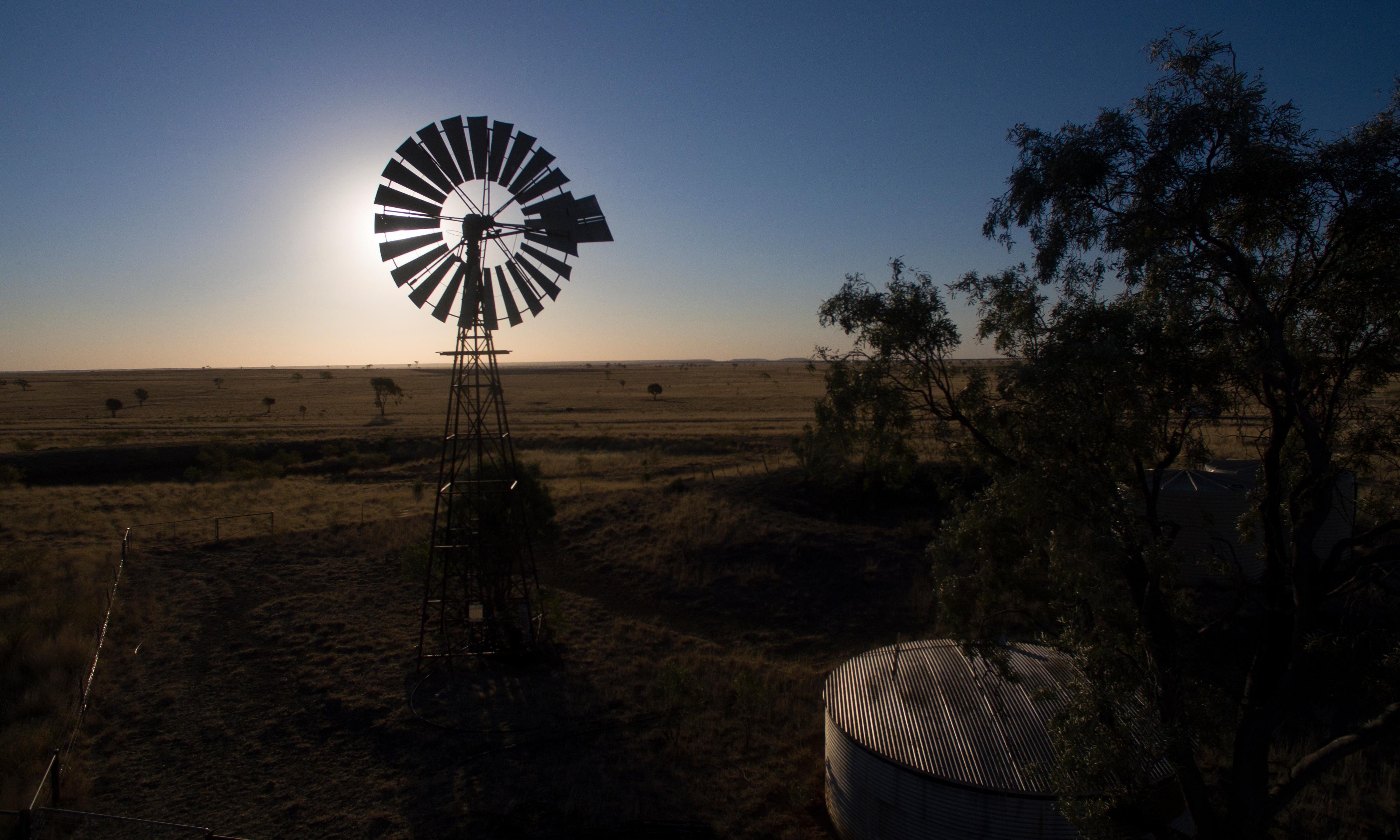 The land falls silent: Australian farmers battle life without rain
