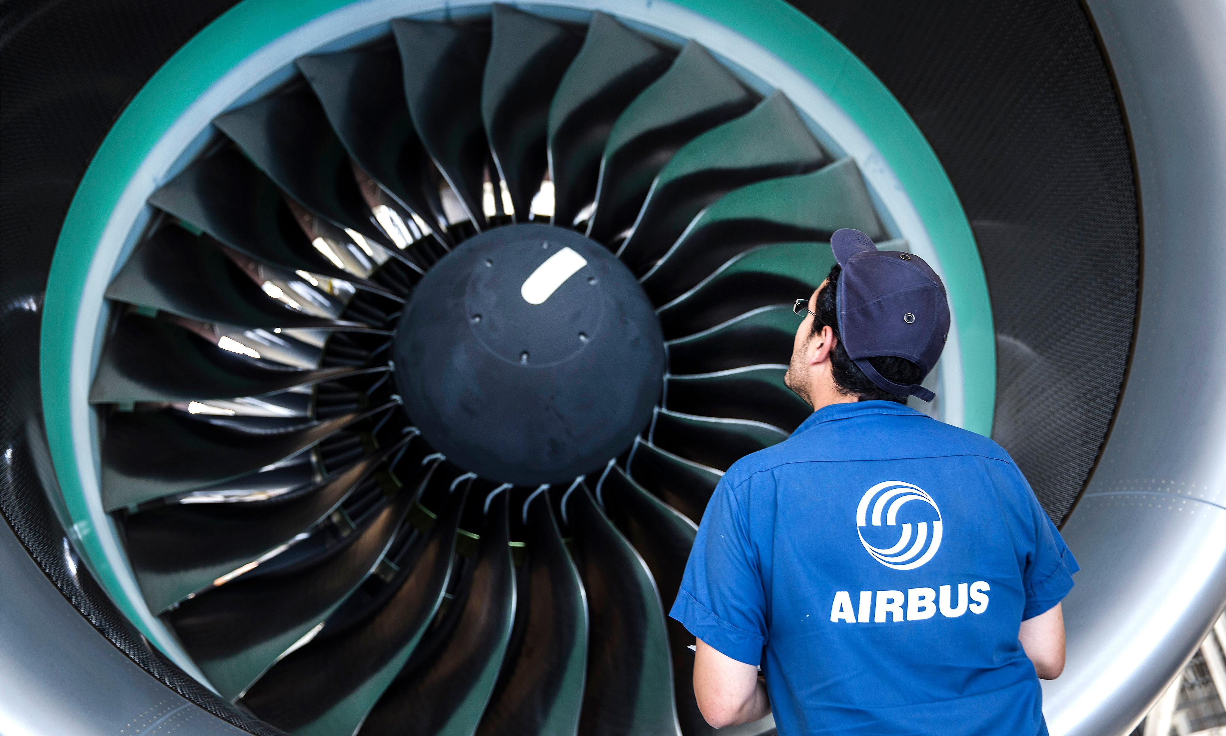 Record bribery fine fuels Airbus loss of €1.4bn