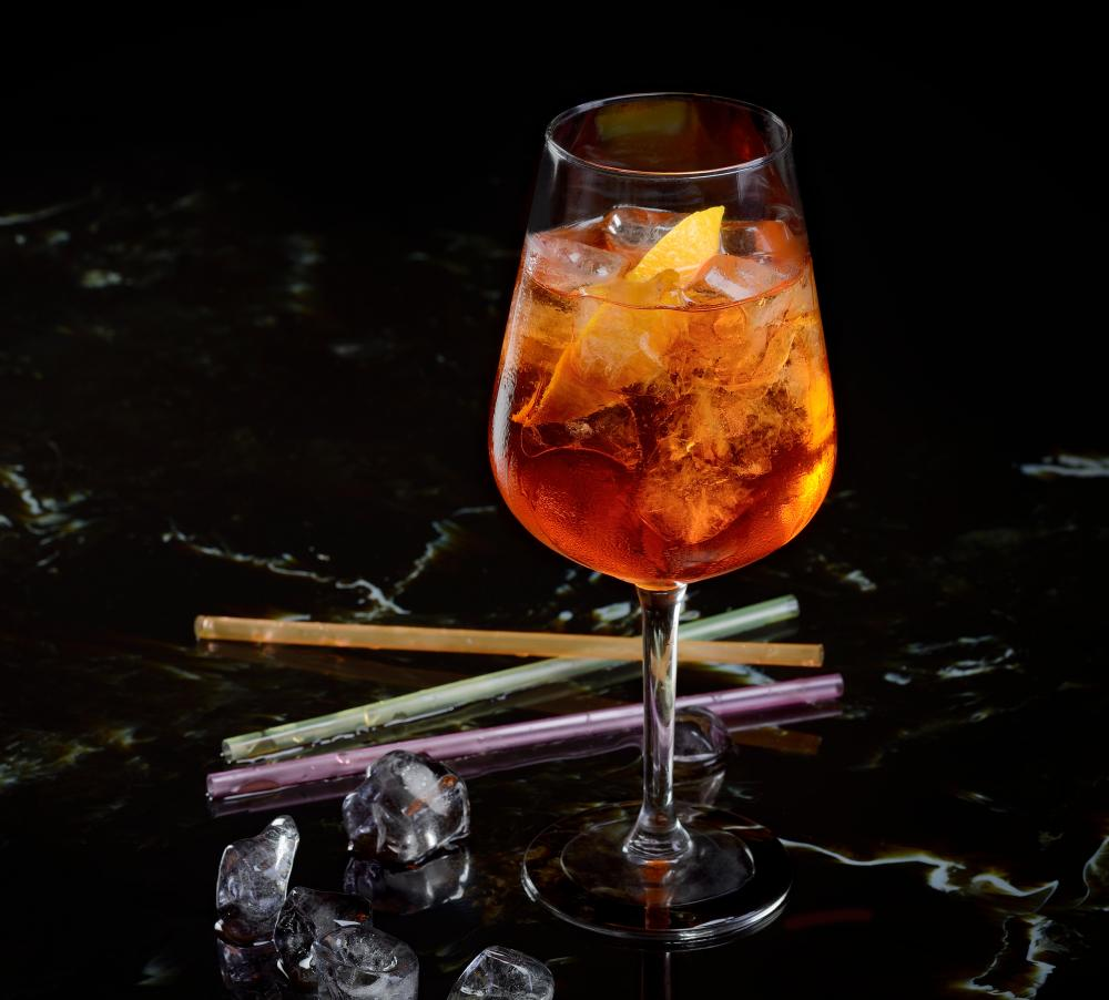 An Aperol spritz cocktail