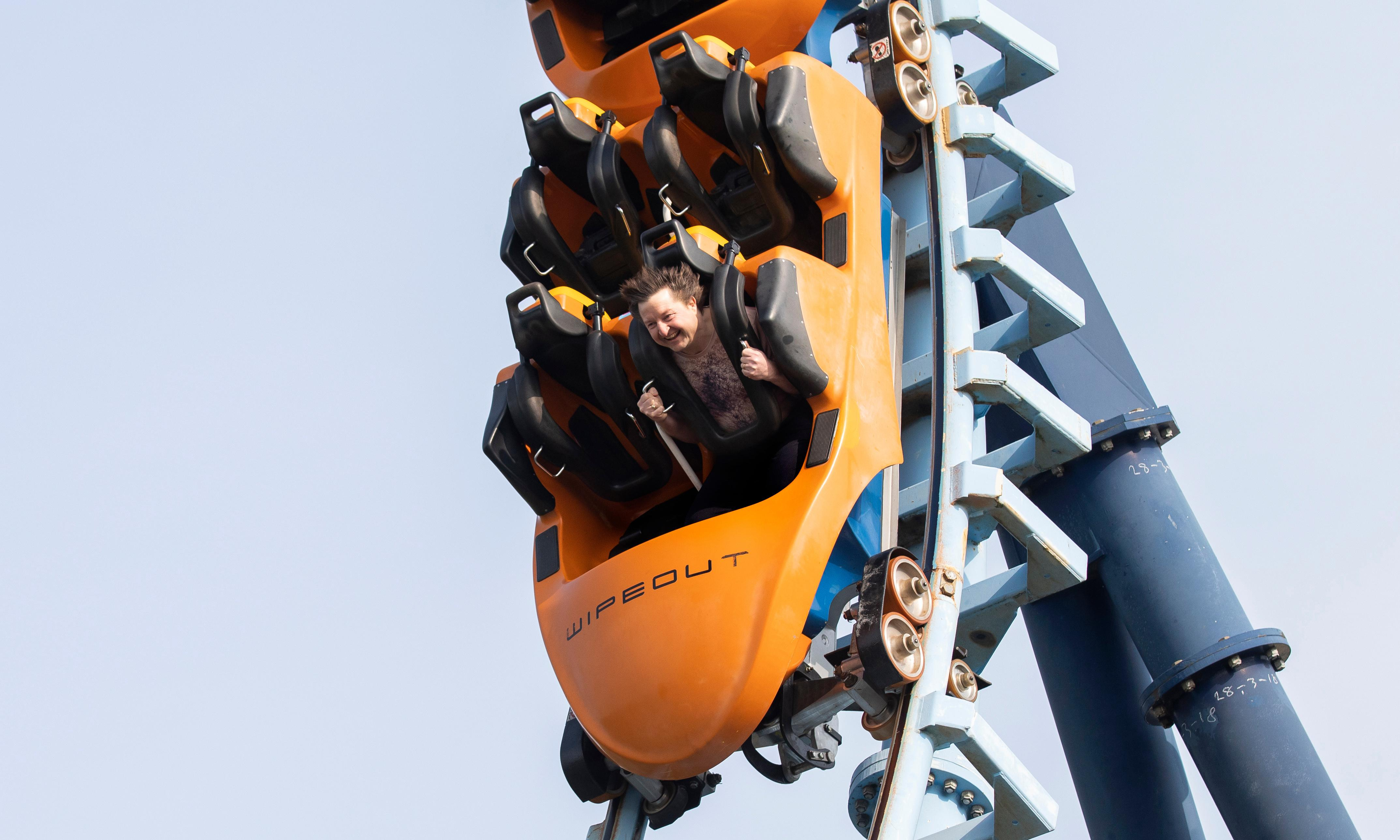 Experience: I am a naked rollercoaster rider
