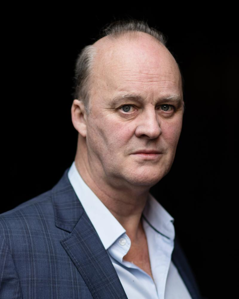 Tim McInnerny narrates the audiobook of Mark Haddon's The Porpoise.