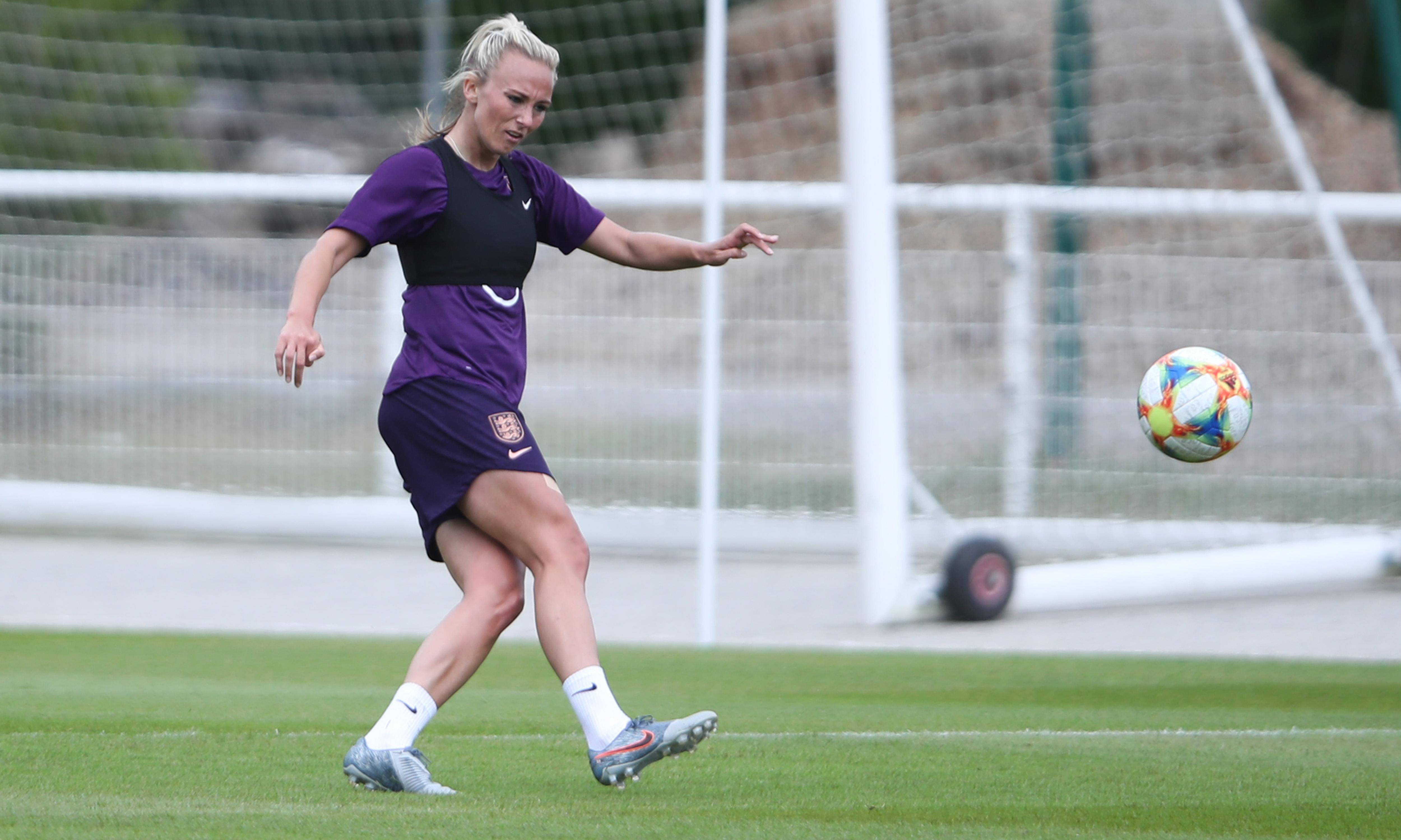 England's Toni Duggan is all praise for Phil Neville's passing philosophy