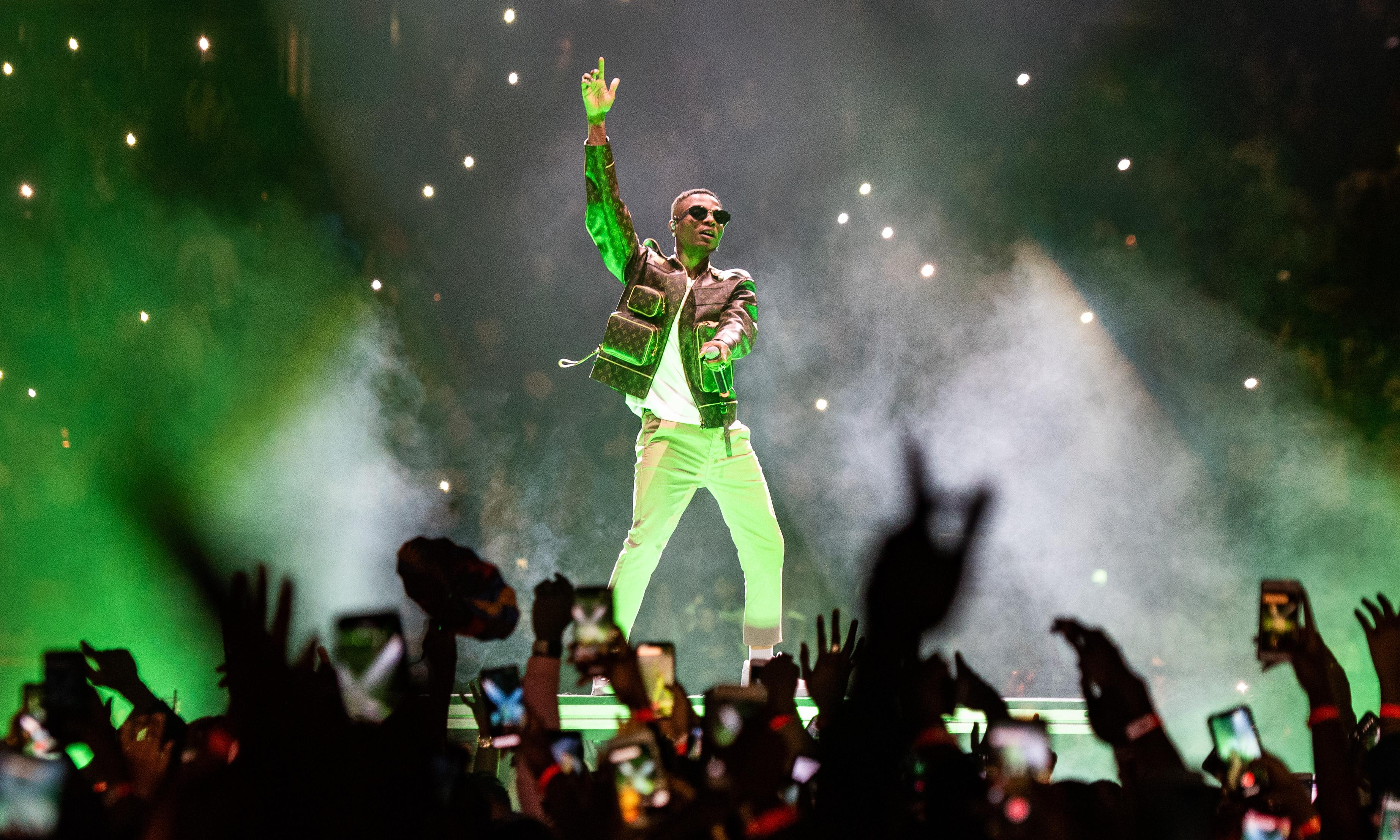 Wizkid review – Afrobeats star brings the house down