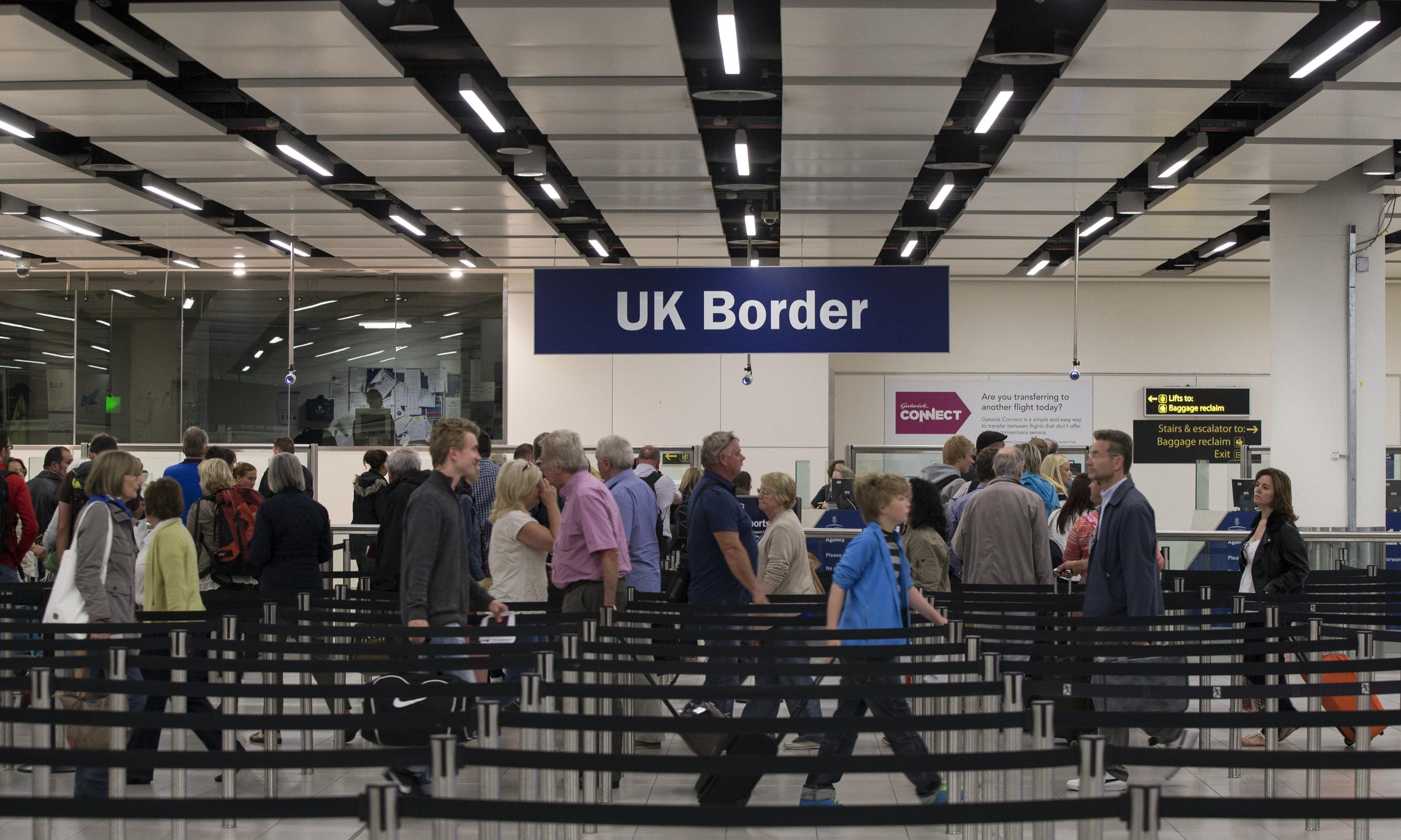 Tourist numbers to the UK down while global figures continue to rise