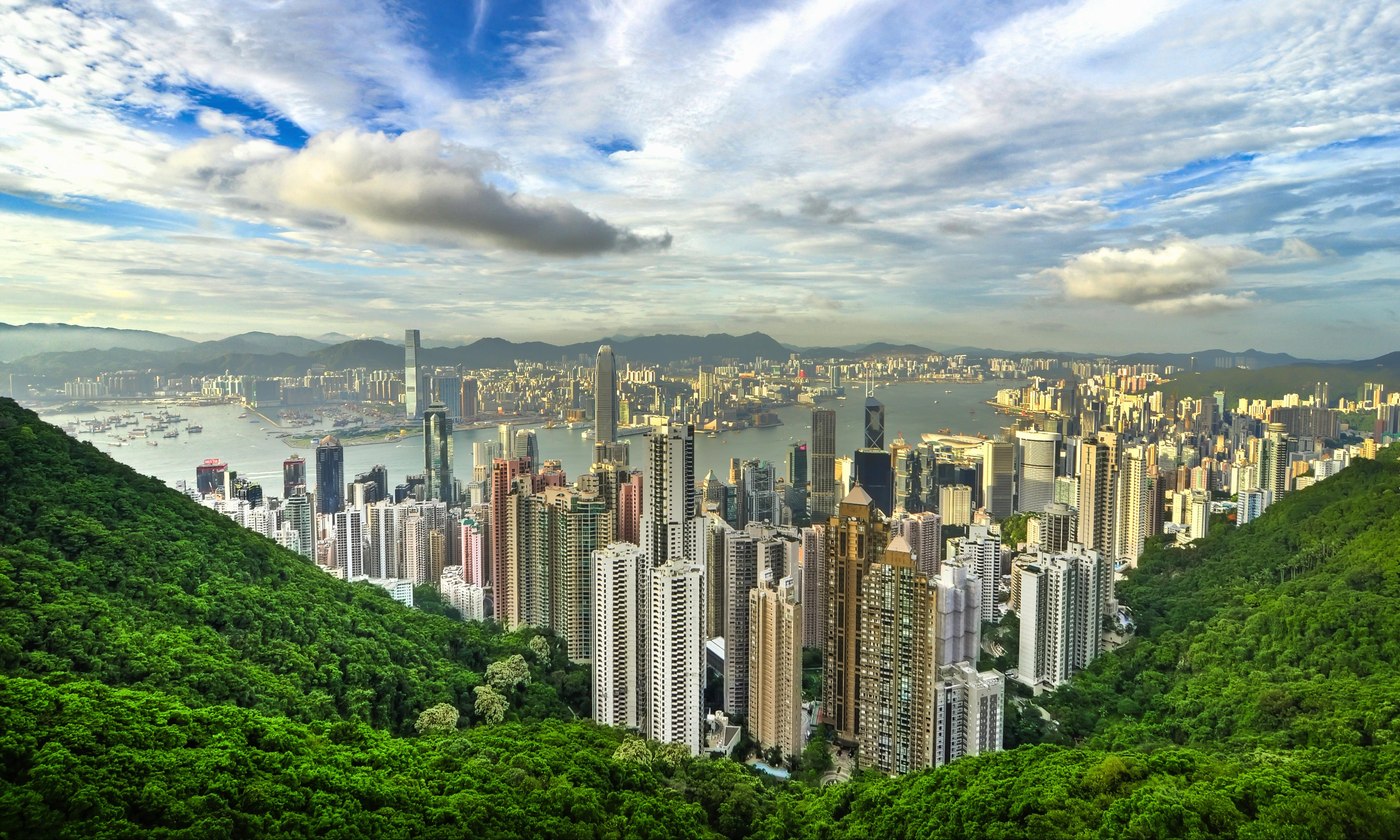 Hong Kong – city walking guide: Victoria Peak to Admiralty