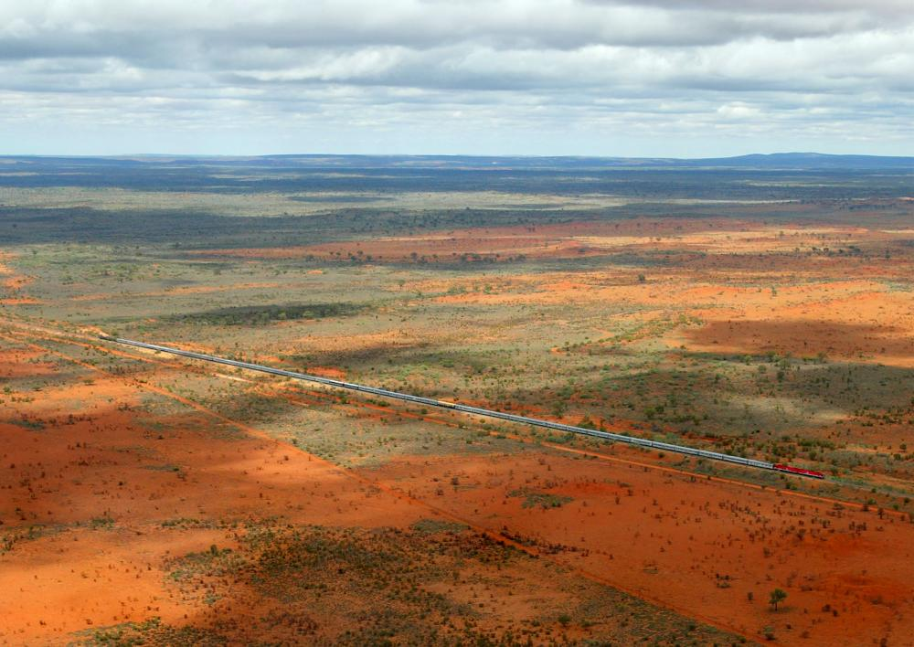 At over 1km in length, the Ghan heads north across Northern Territory.