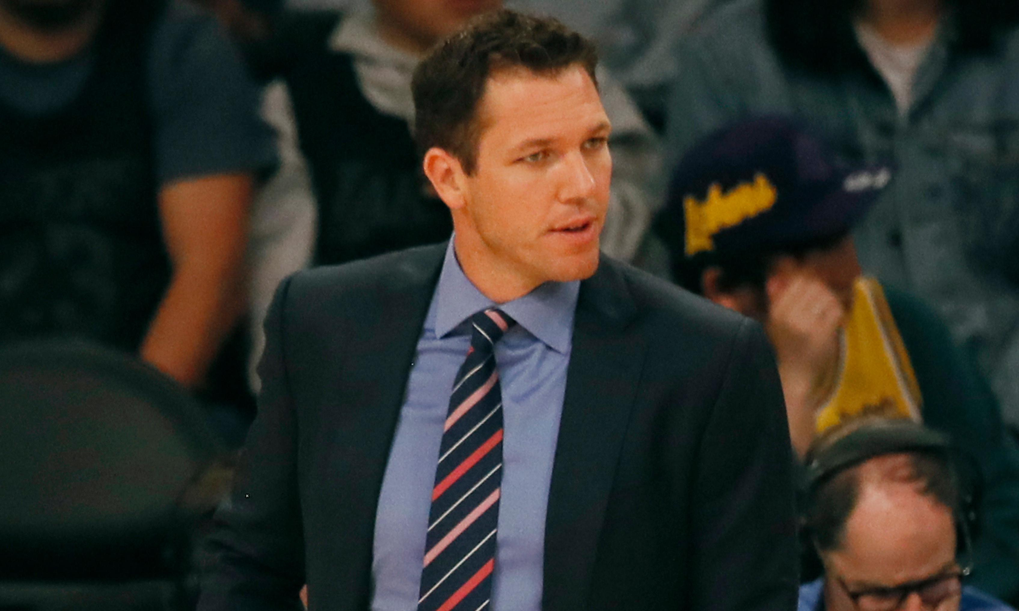 Former Lakers coach Luke Walton accused of sexual assault in lawsuit