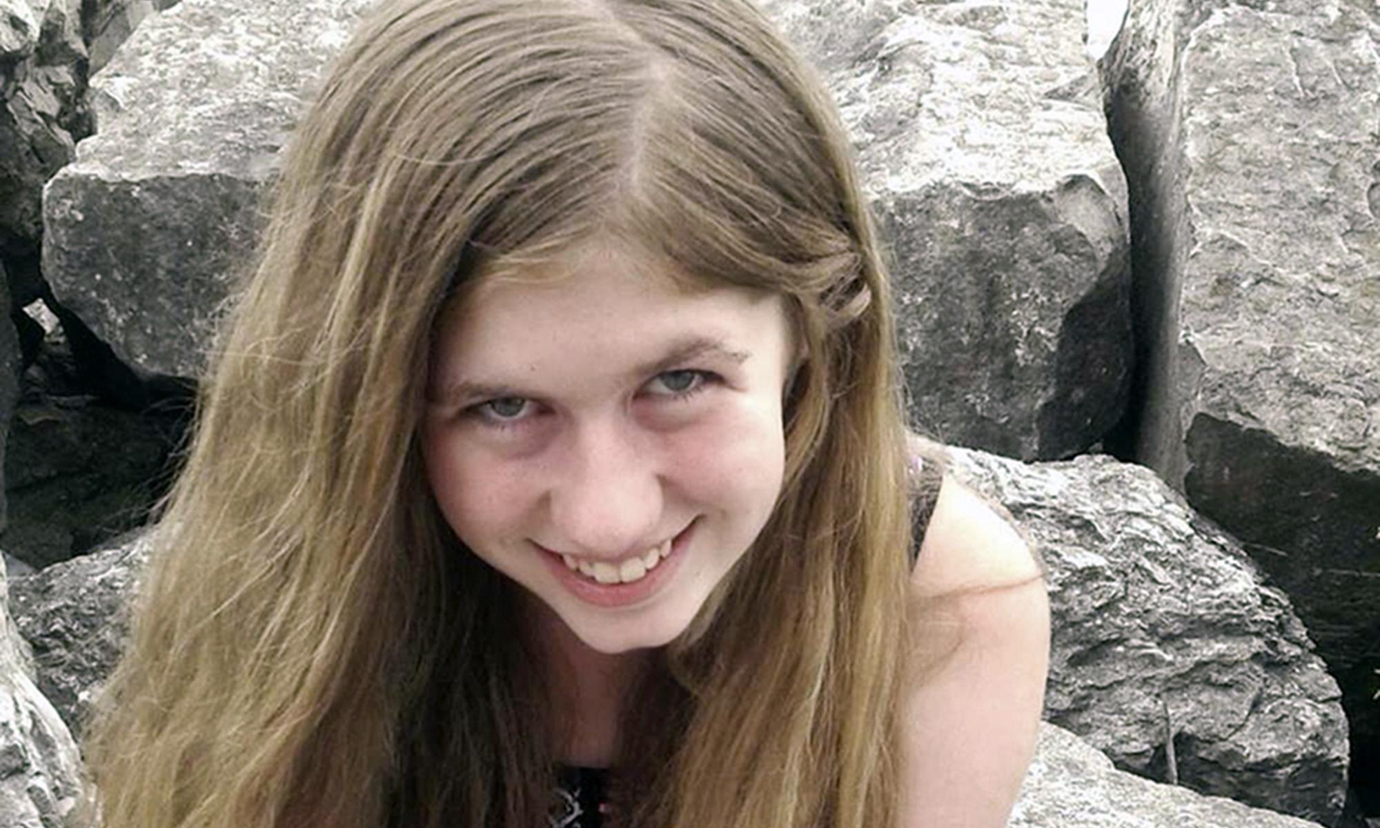 Jayme Closs: man gets life sentence for kidnapping teen and killing her parents