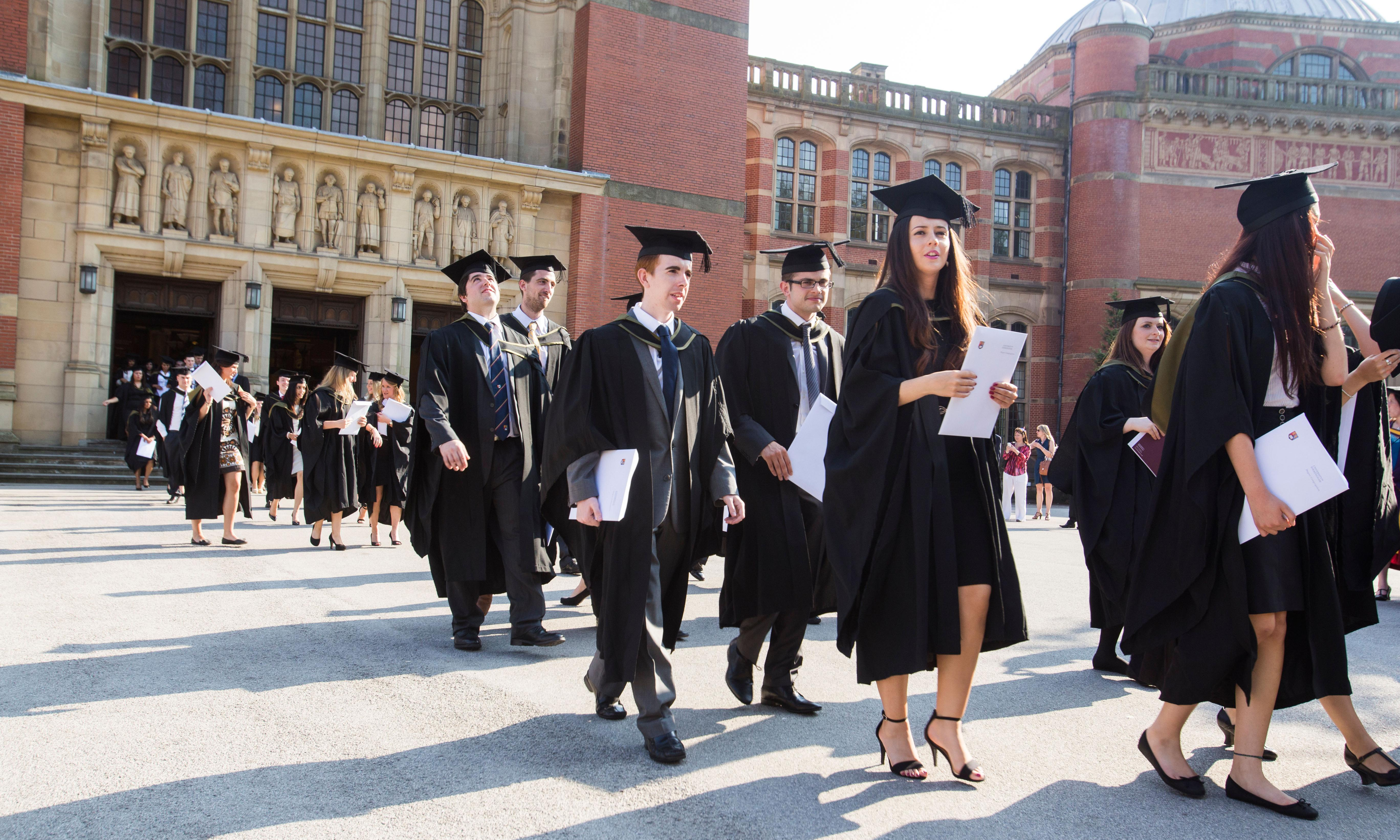 Cutting tuition fees won't help poorer students – reduce interest rates instead