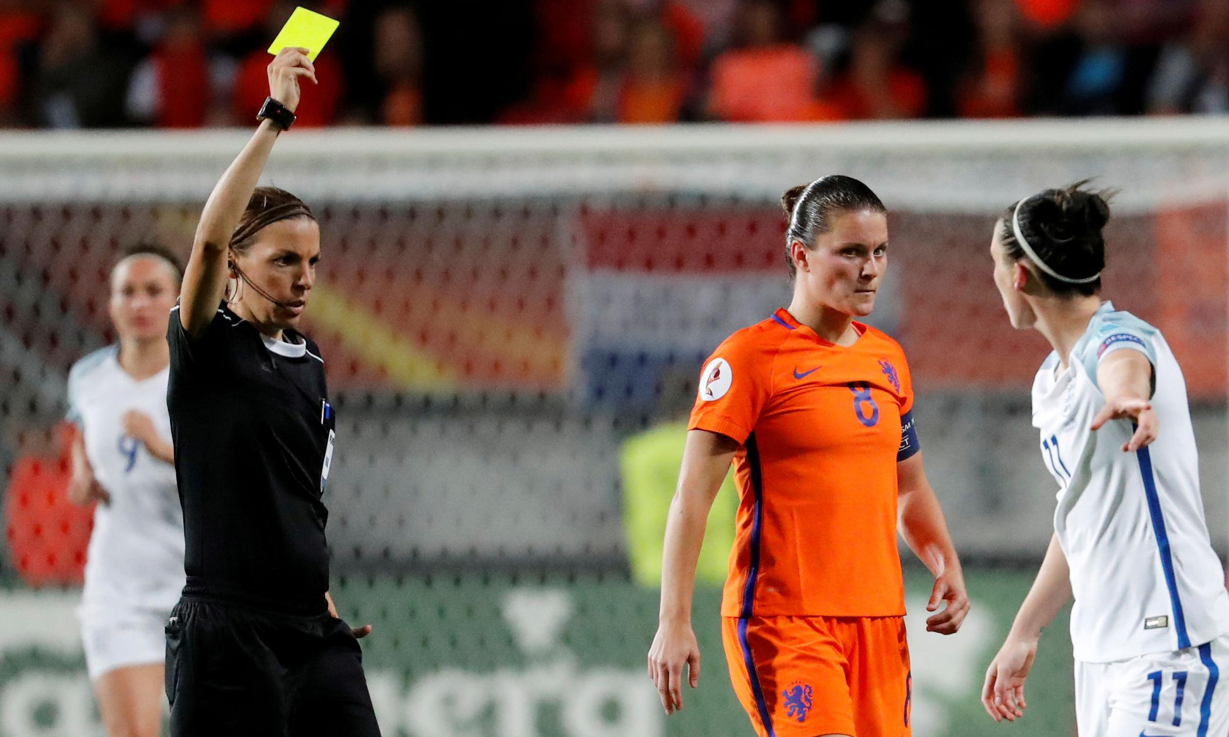 Stéphanie Frappart to make history as Ligue 1's first female referee