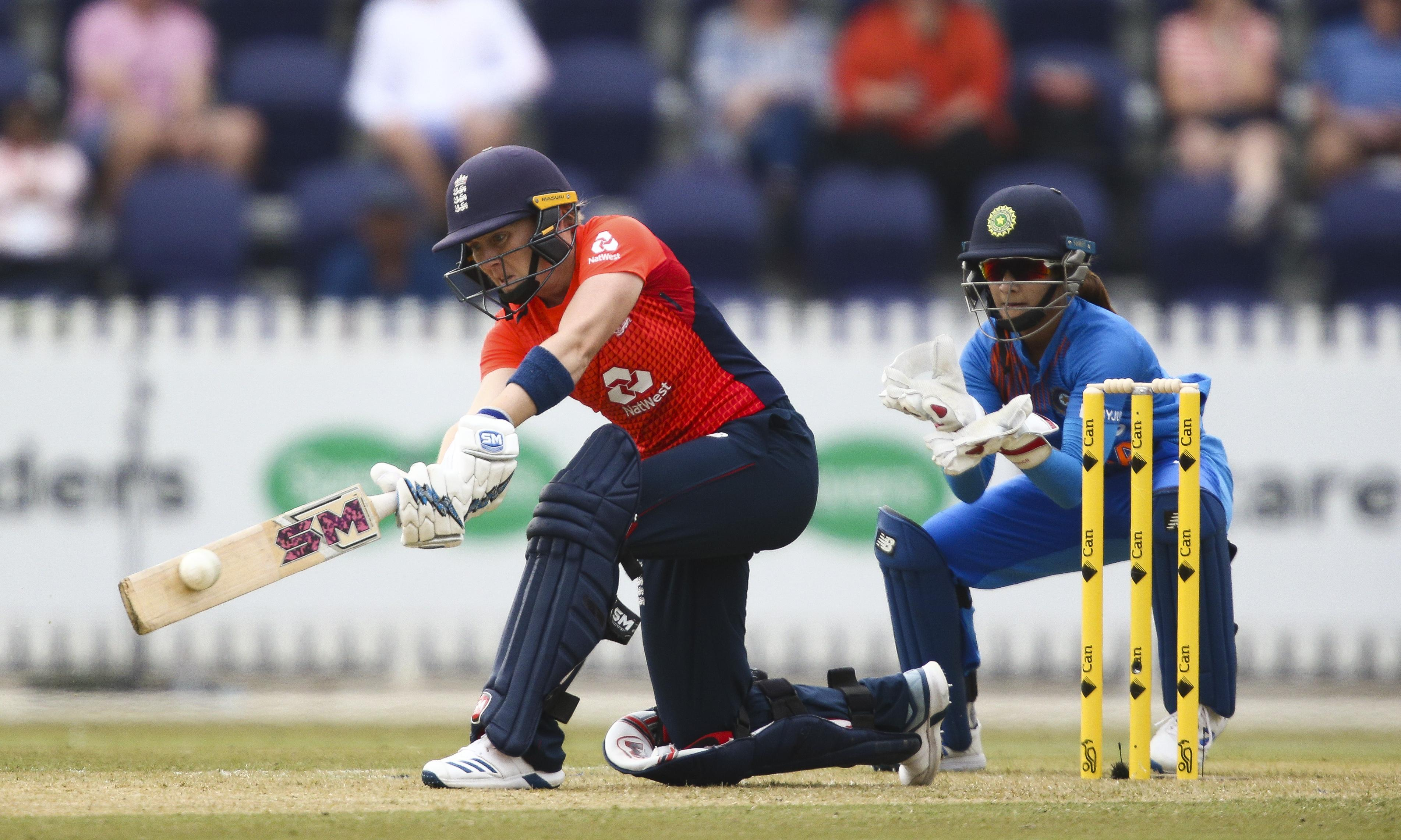 England in the running to upset Australia in Women's T20 World Cup