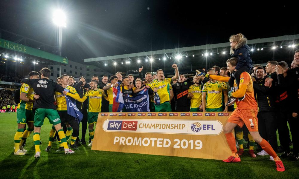 Norwich celebrate promotion to the Premier League.
