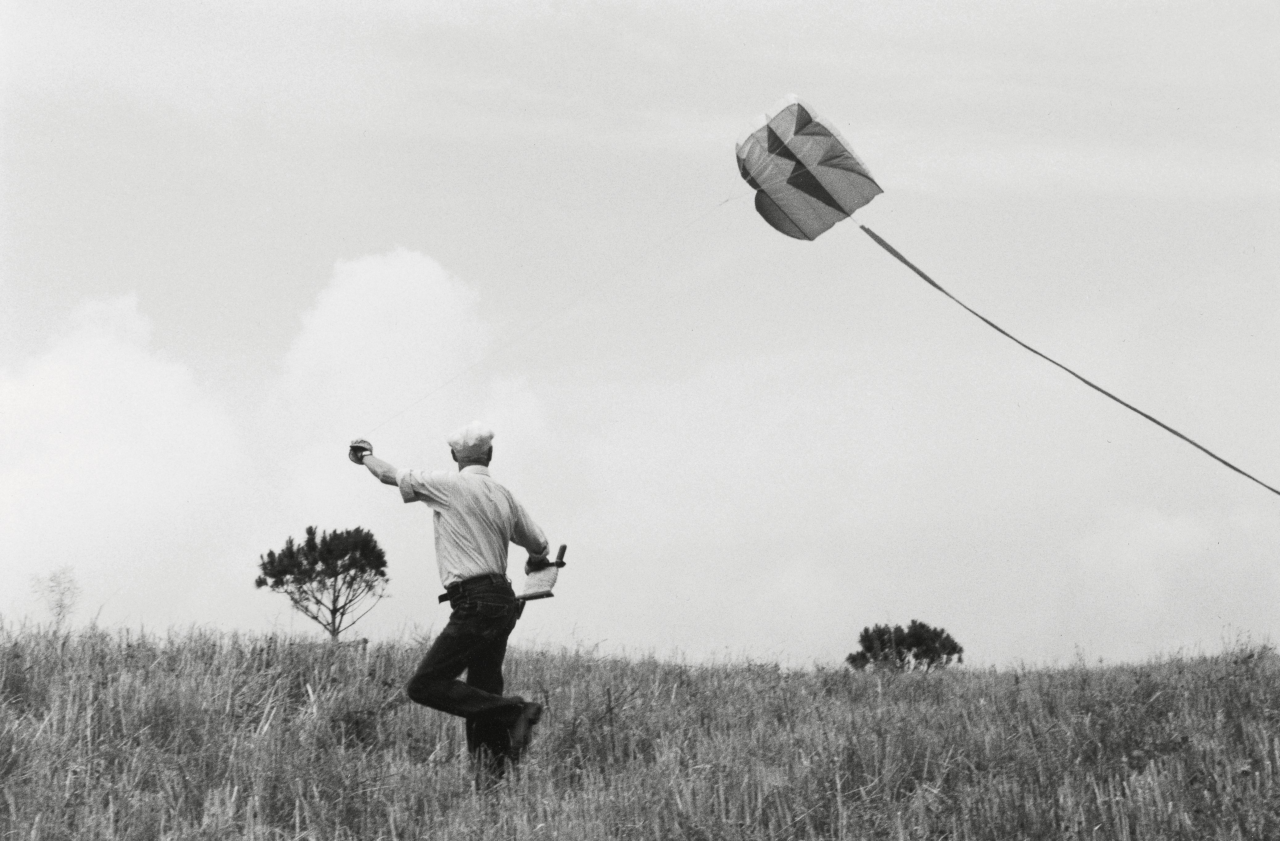 The big picture: Henri Cartier-Bresson flying his kite