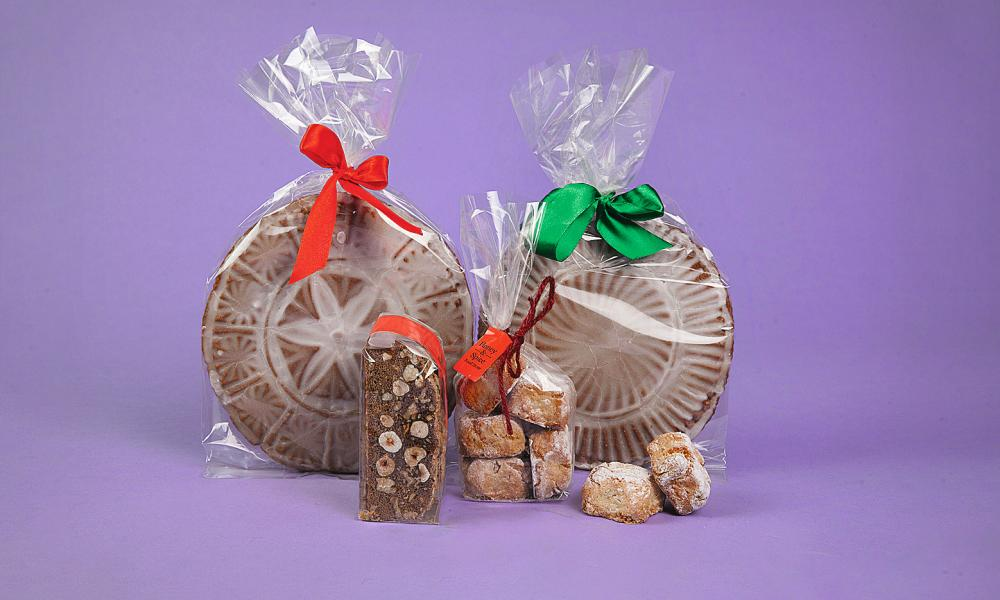 Honey & Spice Christmas biscuits.