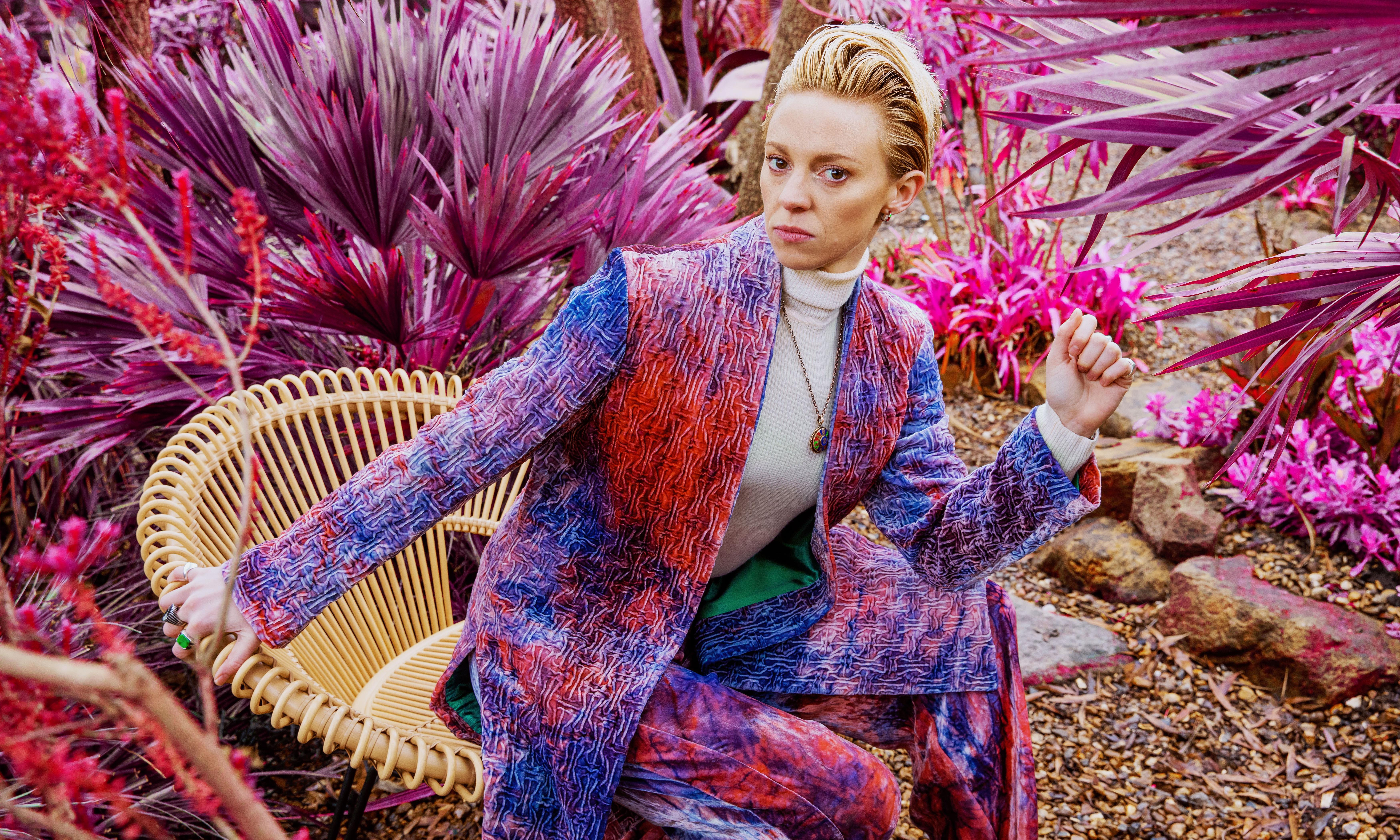 La Roux: Supervision review – obliquely beautiful, contrarian electro visionary