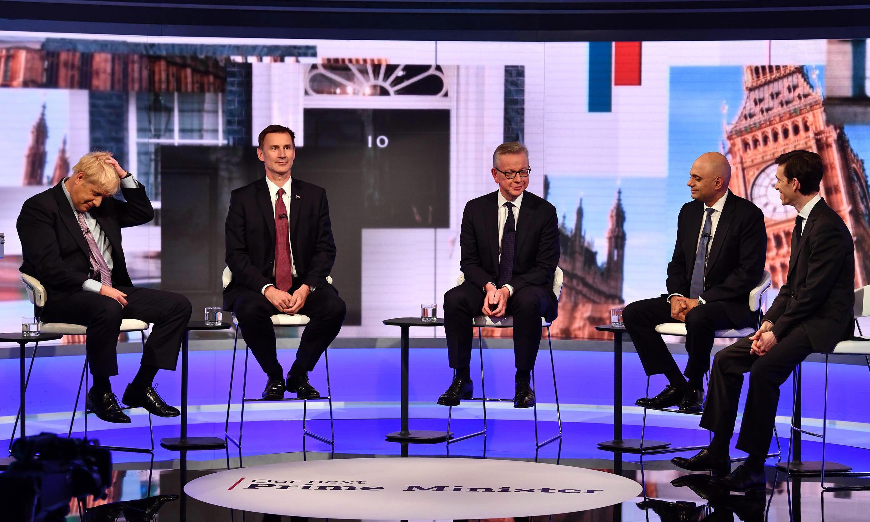 Ageing boy band's reunion manages to hit all the wrong notes