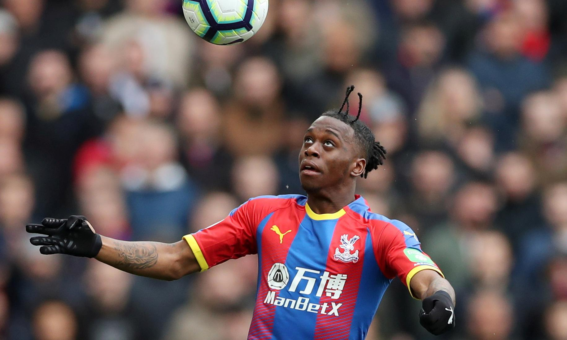 Manchester United meet Crystal Palace to try to seal Wan-Bissaka deal