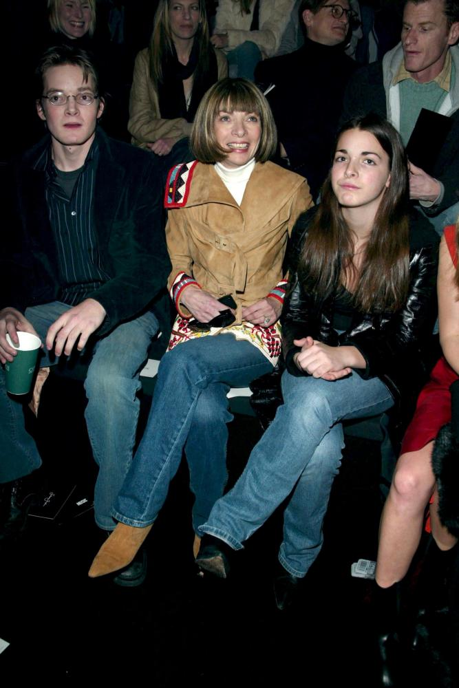 Anna Wintour with her children, Sean John Fashion show, New York, 2003.