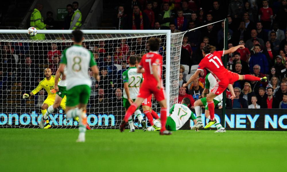 Gareth Bale of Wales scores his side's second goal