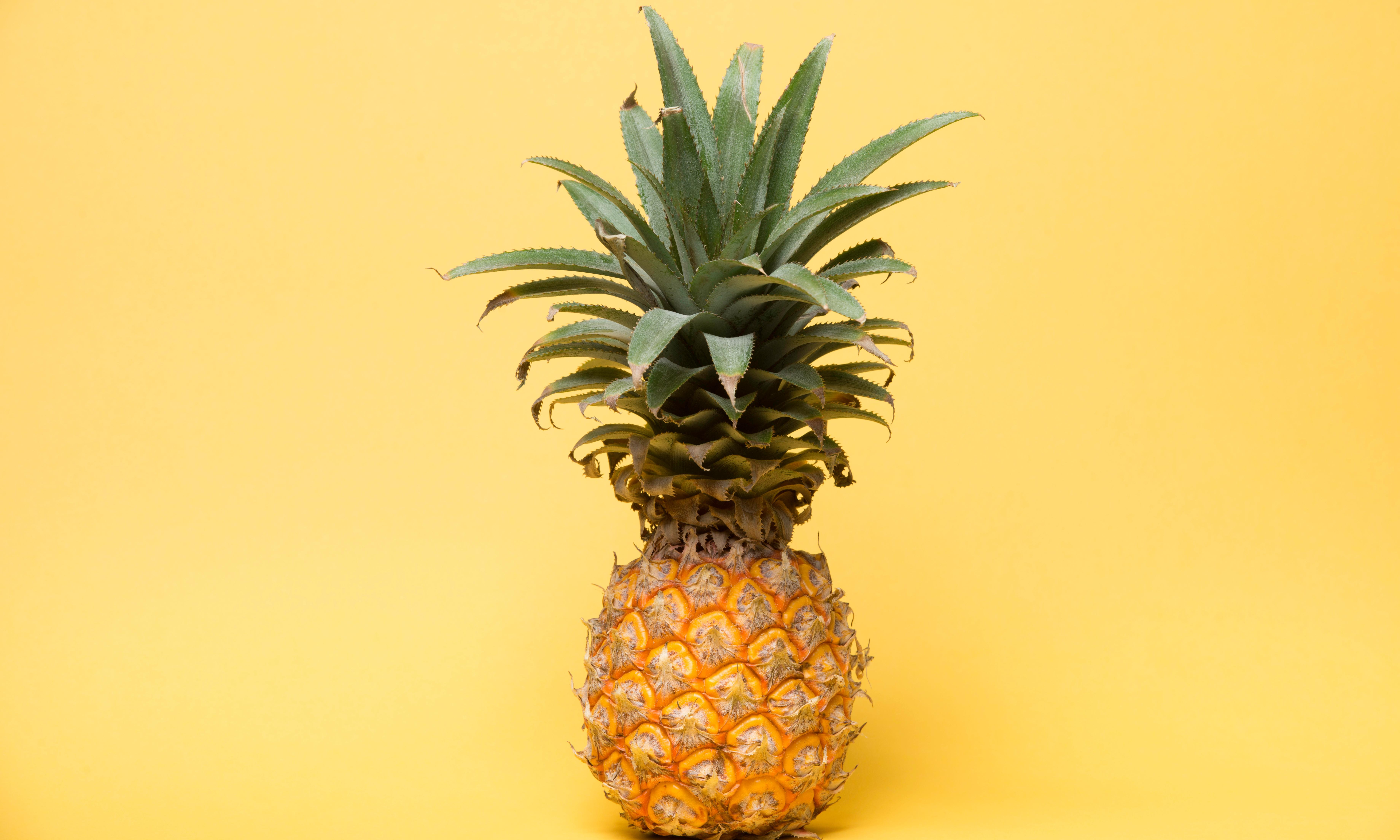 Pineapple pulling – how a new way of eating the fruit became a global sensation