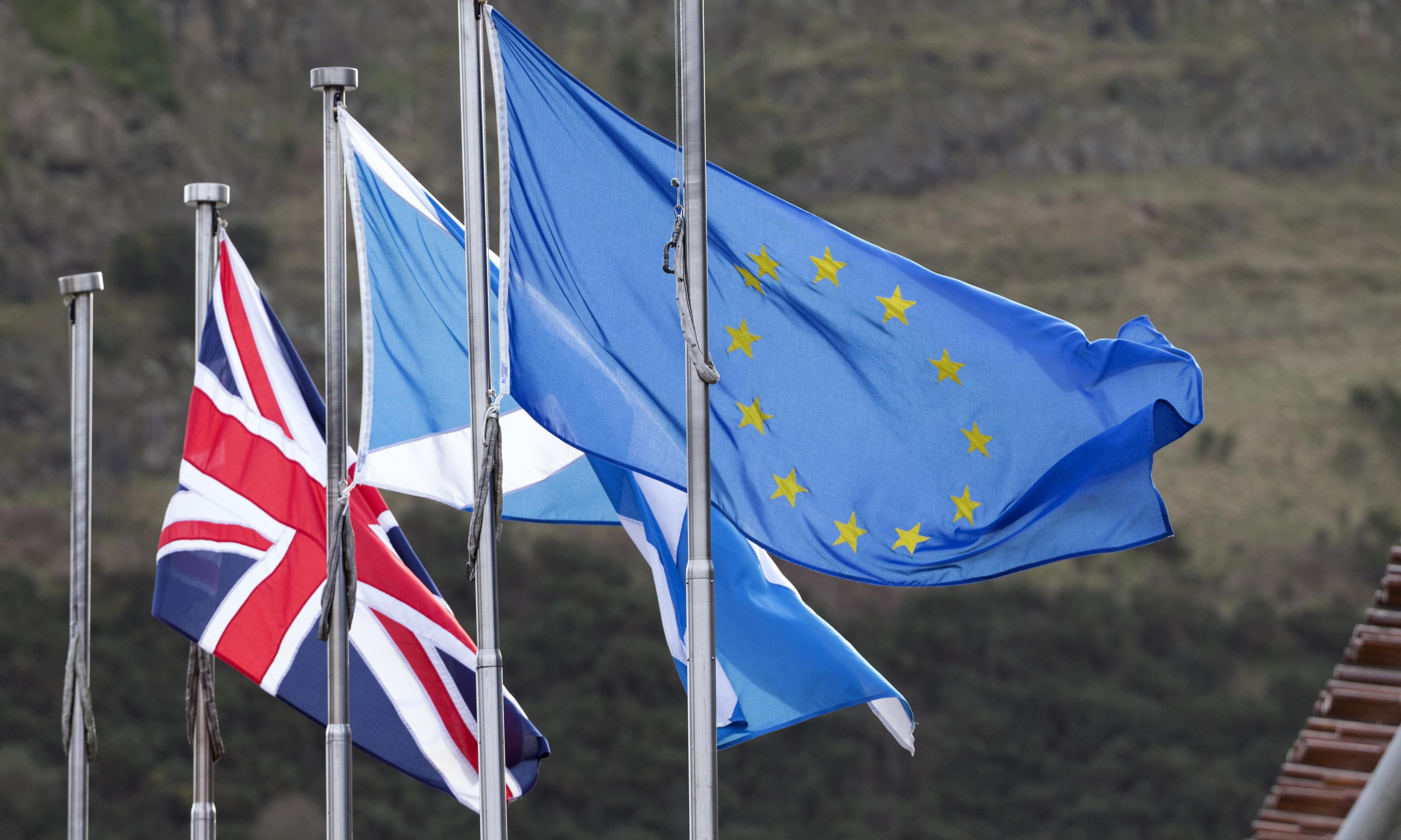 Scottish government wins vote to keep EU flag flying over Holyrood
