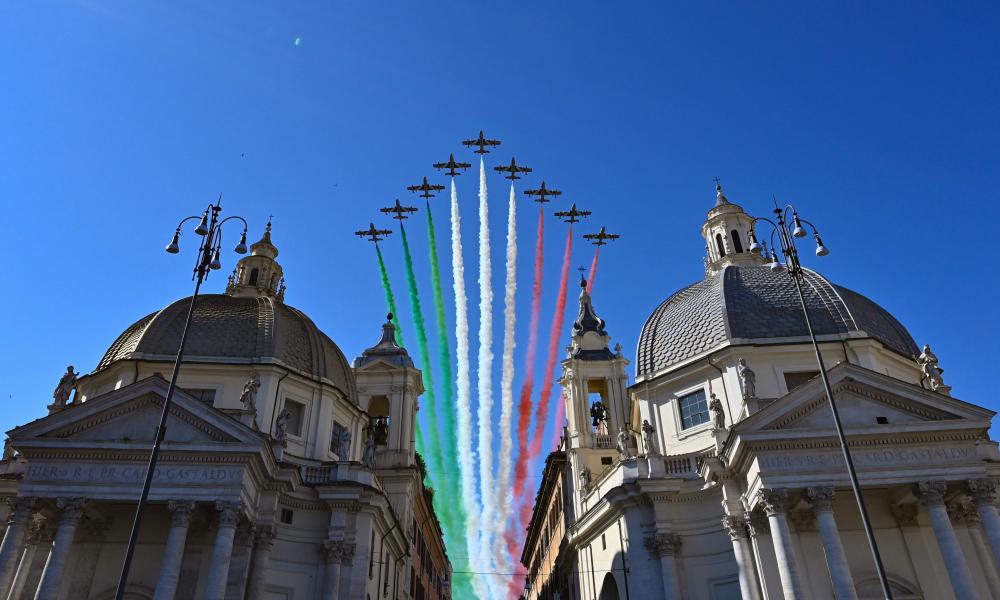 The Italian Air Force acrobatic unit Frecce Tricolori perform over Rome.
