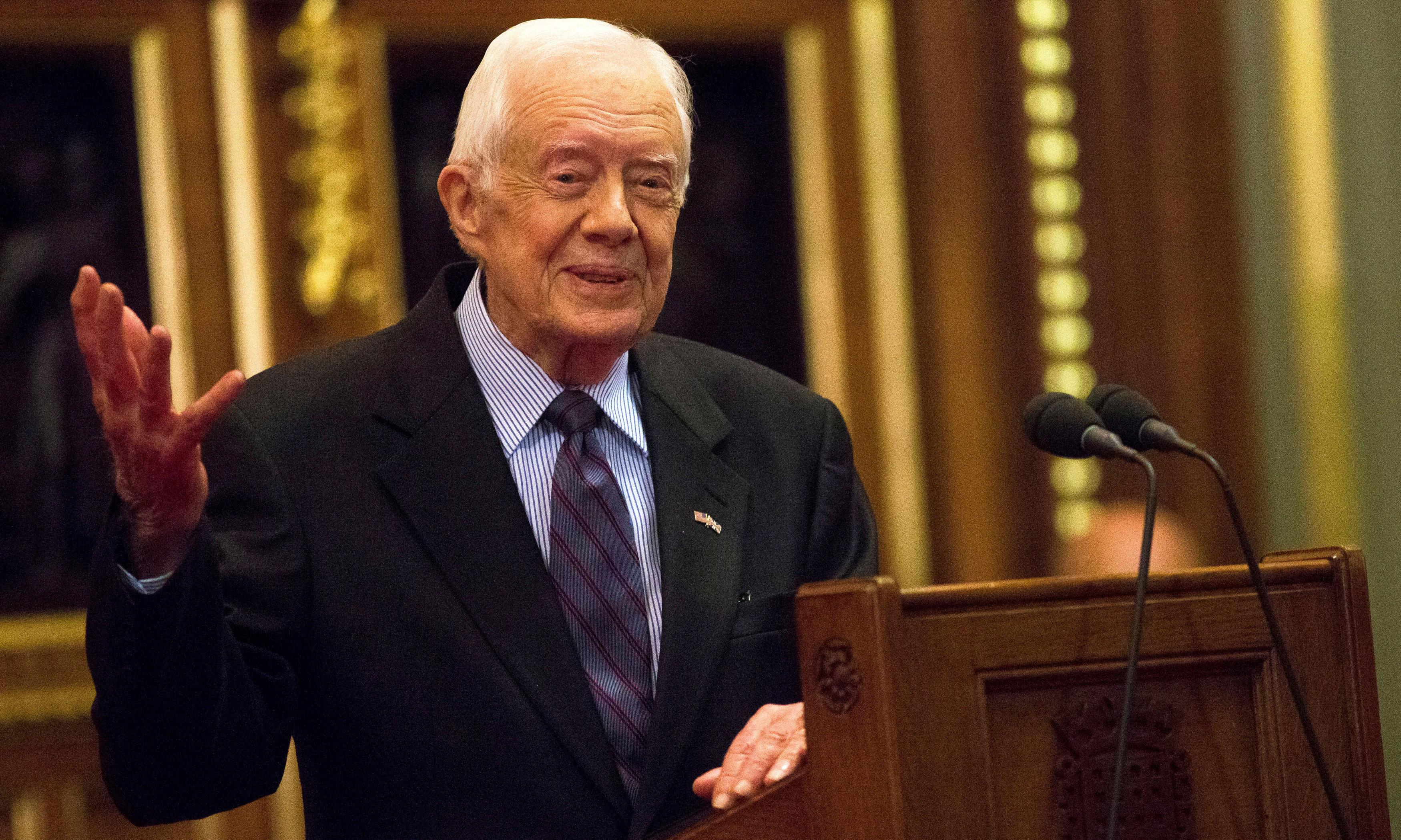 Jimmy Carter in hospital with pelvis fracture after fall at Georgia home