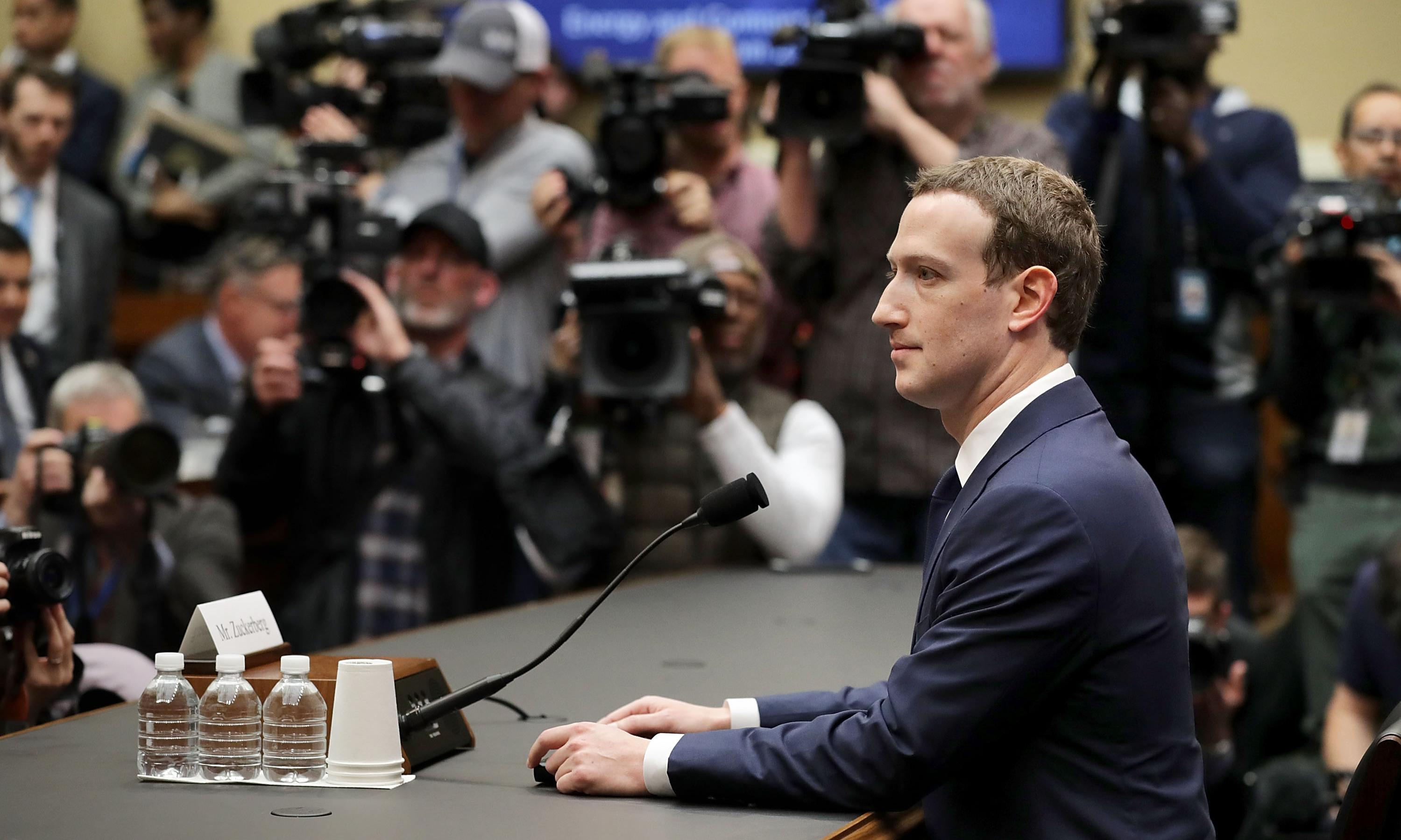 Document reveals how Facebook downplayed early Cambridge Analytica concerns