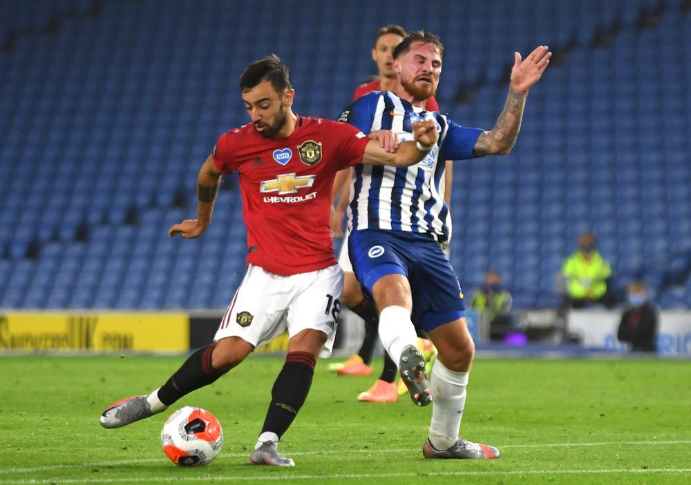 Bruno Fernandes' deflected shot puts United two up.