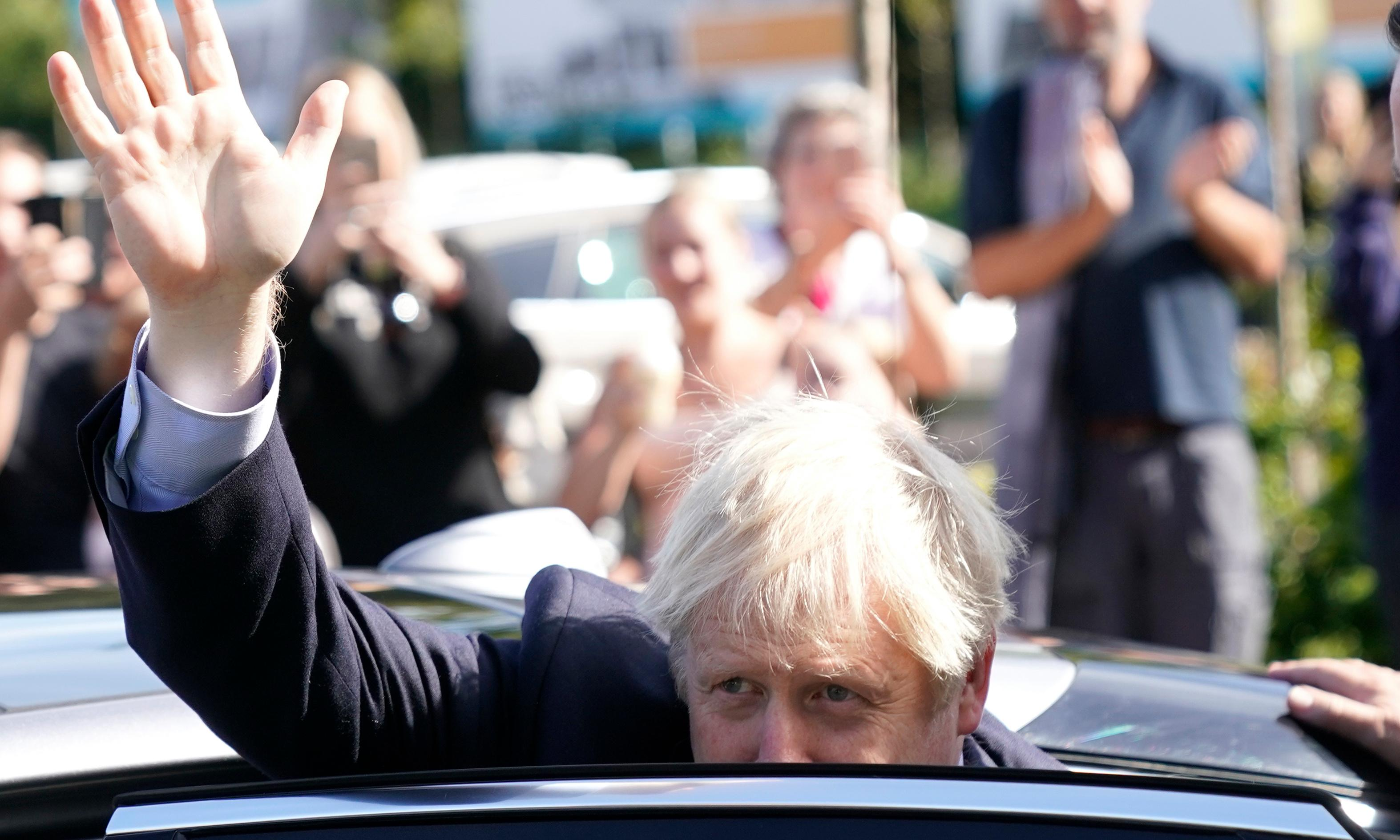 Johnson is sure he would win an election. A closer look at the polls says otherwise