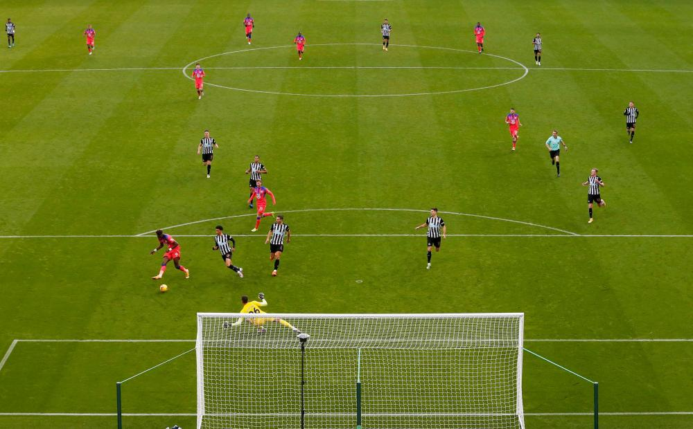 Chelsea's Tammy Abraham scores their second goal.
