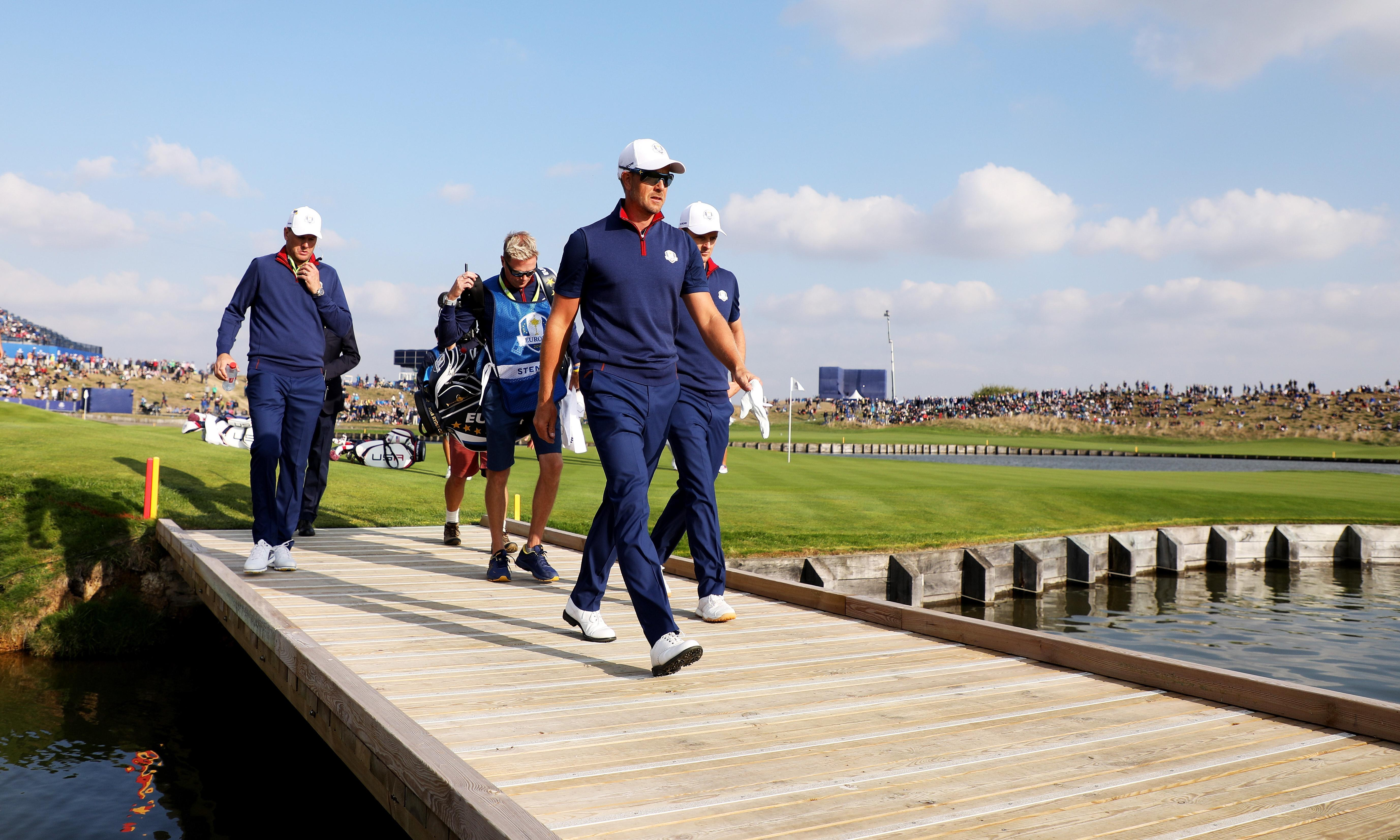 Old friends Justin Rose and Henrik Stenson reunite to turn the tide