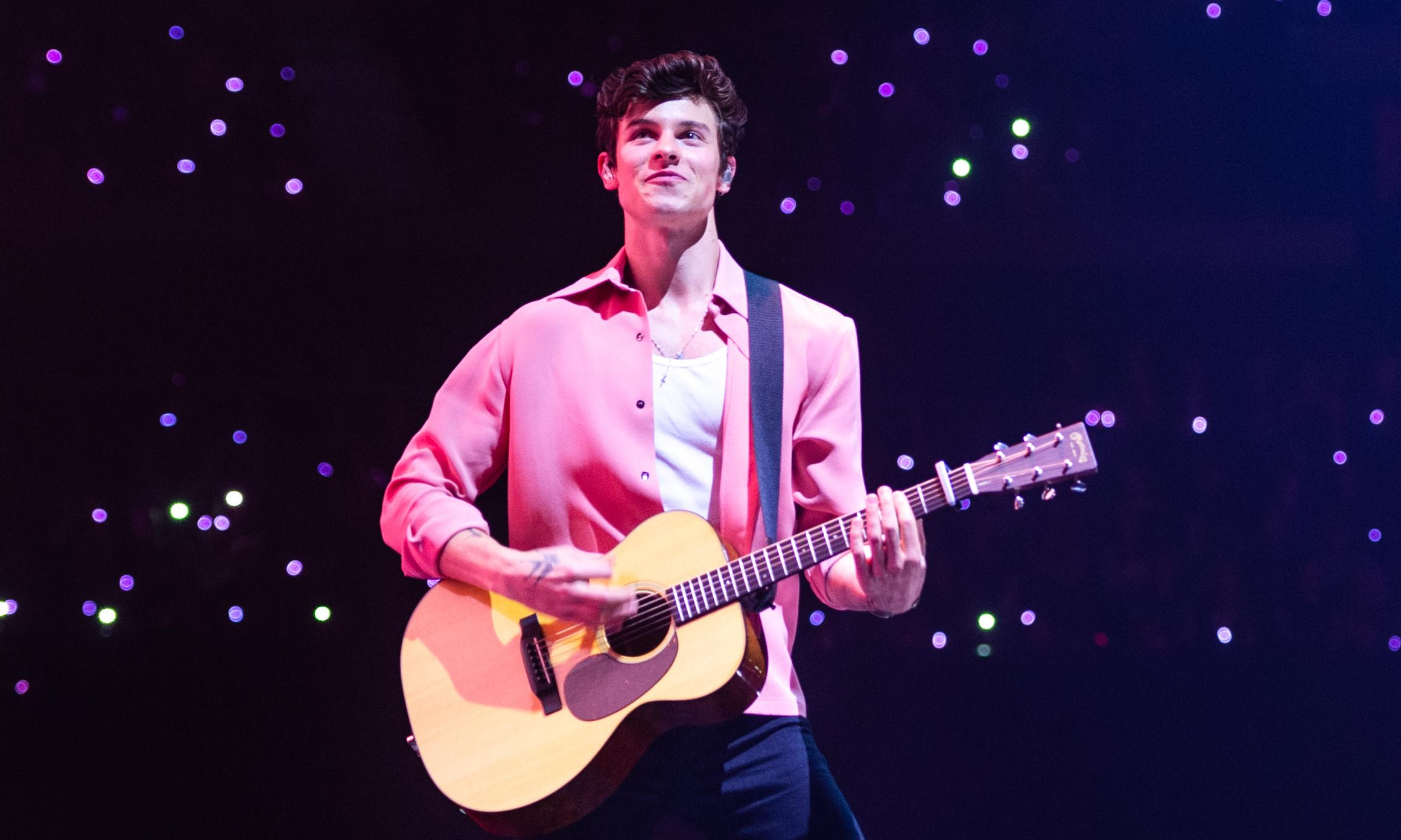 Shawn Mendes review – heartfelt songs from tousle-haired troubadour