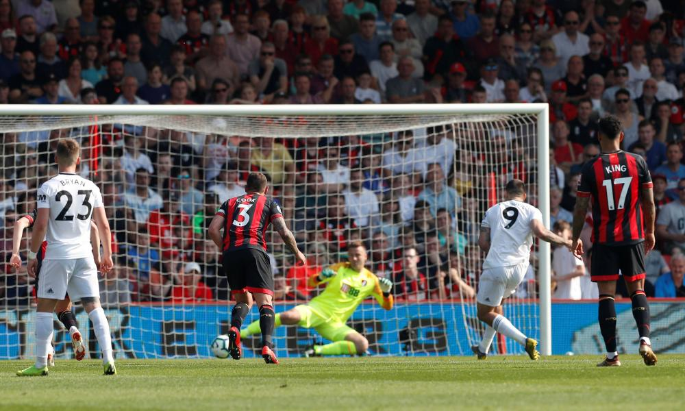 Fulham's Aleksandar Mitrovic scores their first goal from a penalty.