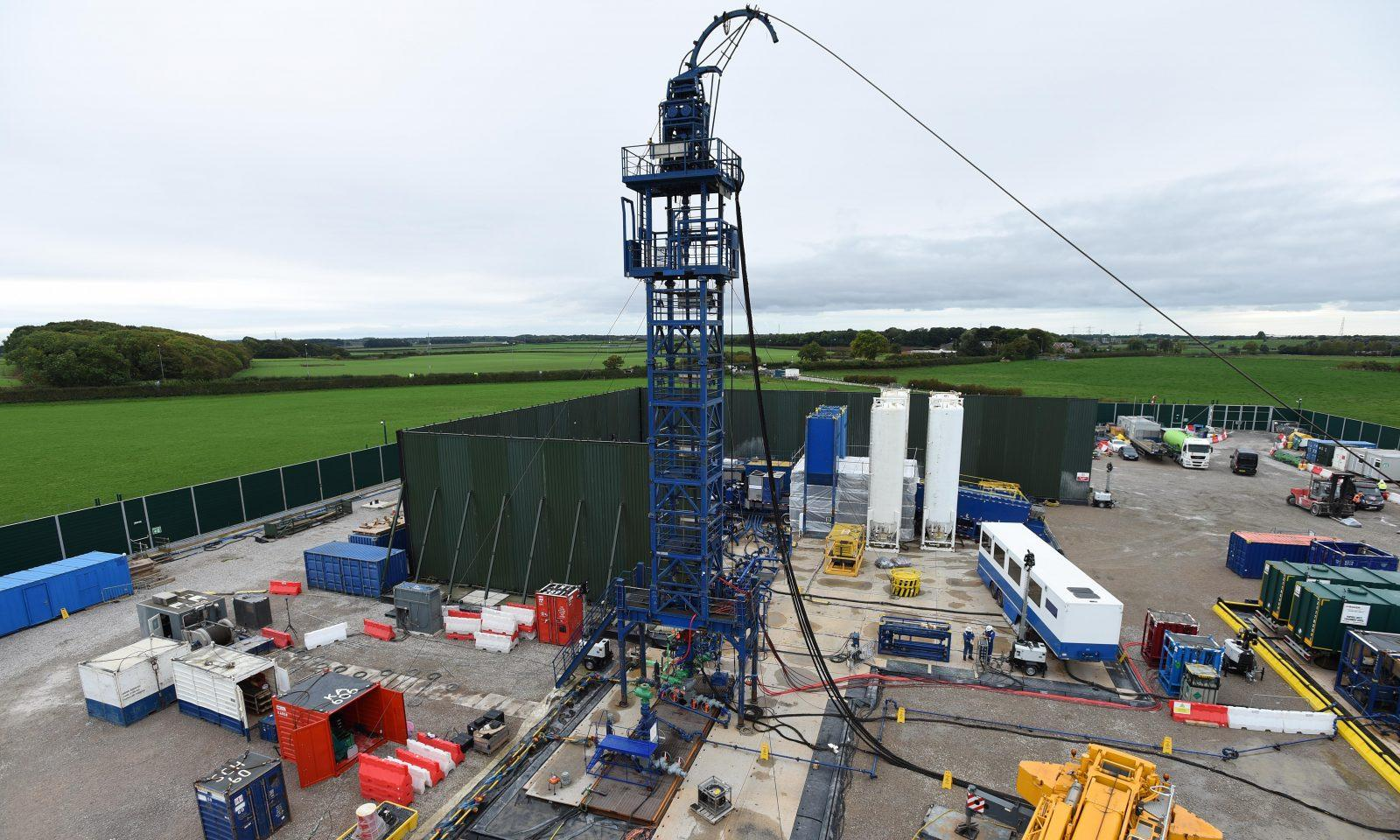 Shale gas fracking wasted 'millions of taxpayers' cash', say scientists