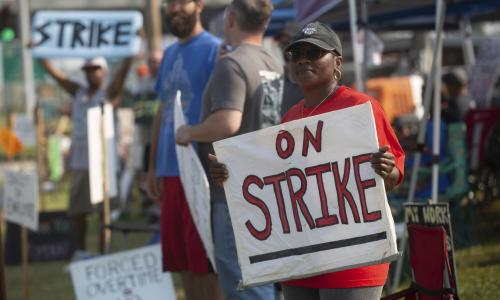 Is America experiencing an unofficial general strike? | Robert Reich