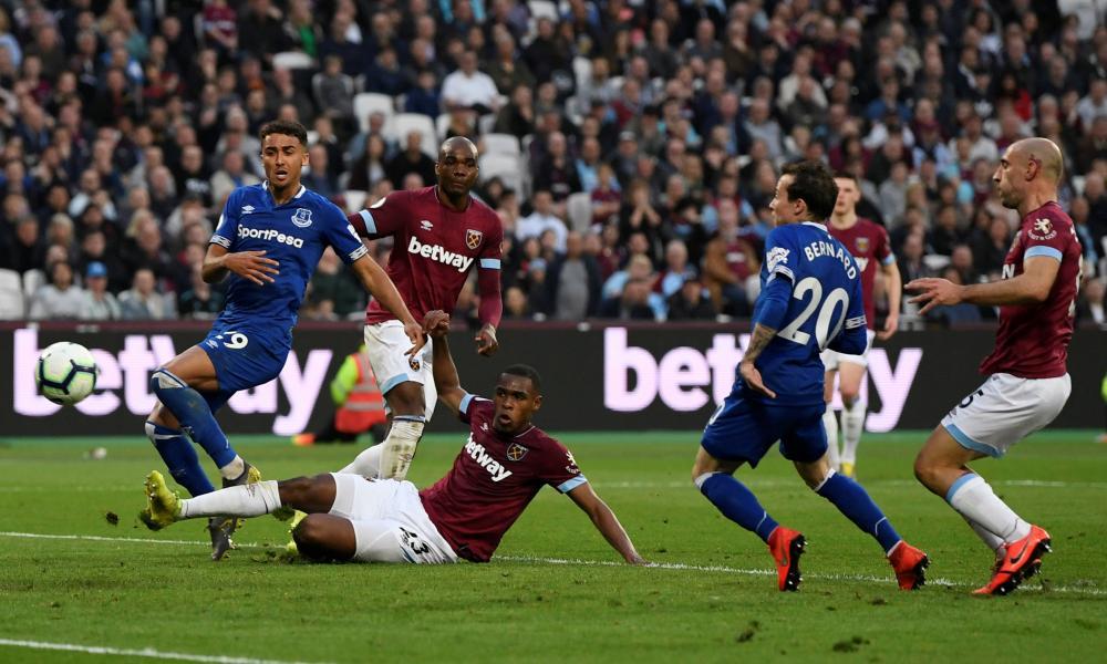 Everton's Bernard scores their second goal.