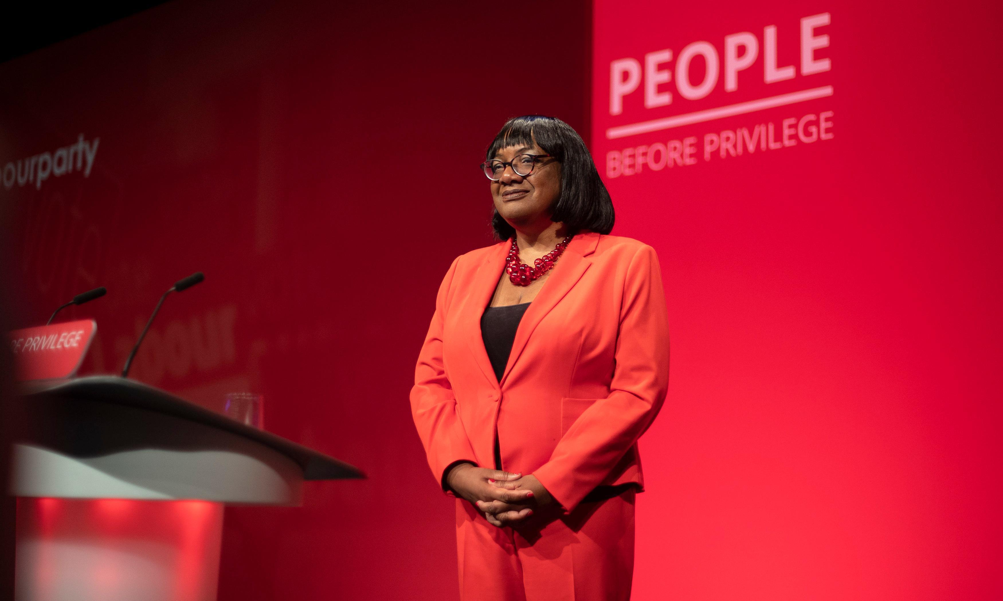 Diane Abbott urges resigned Corbyn adviser to reconsider