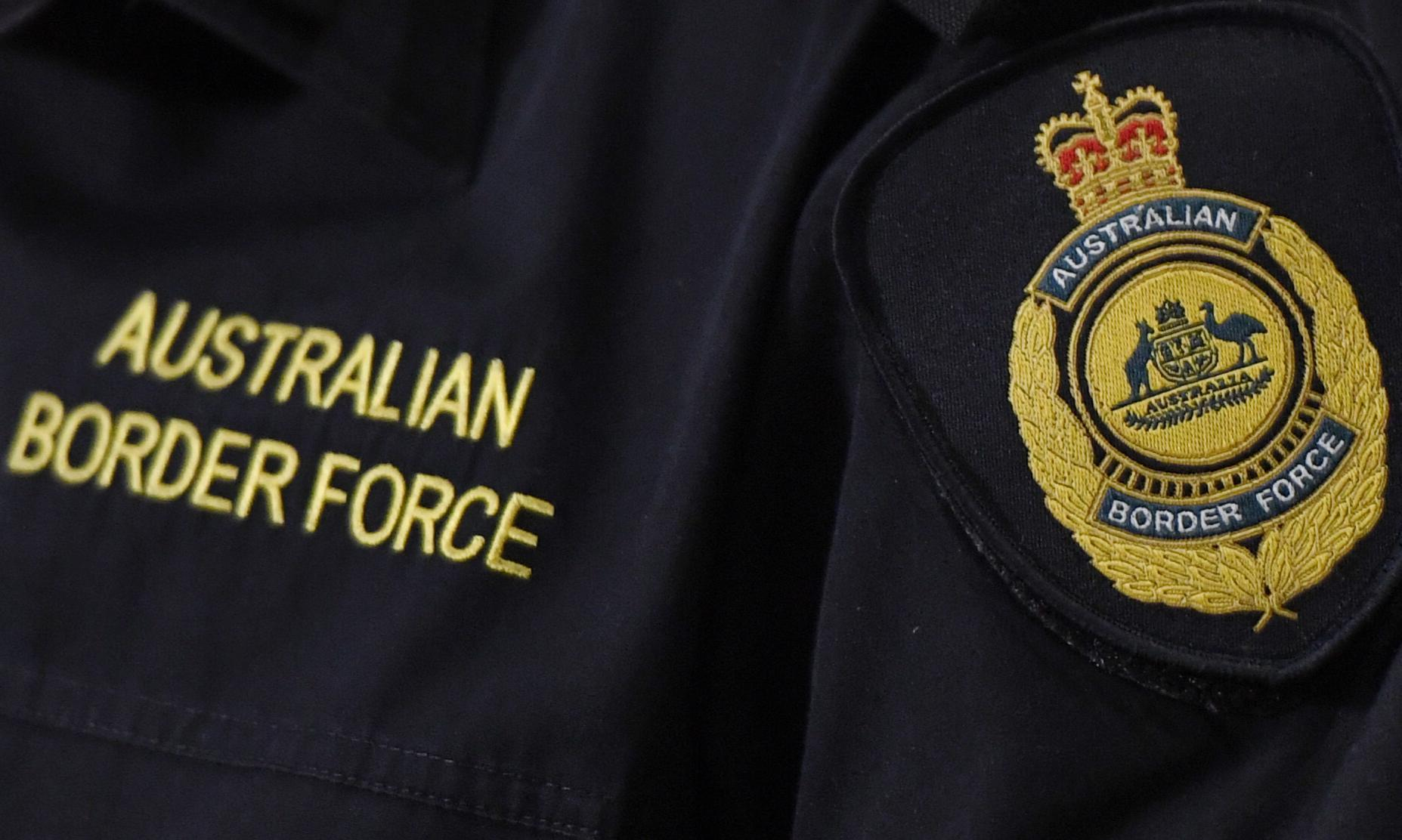 Border Force says detention of refugees in Brisbane hotel 'appropriate'