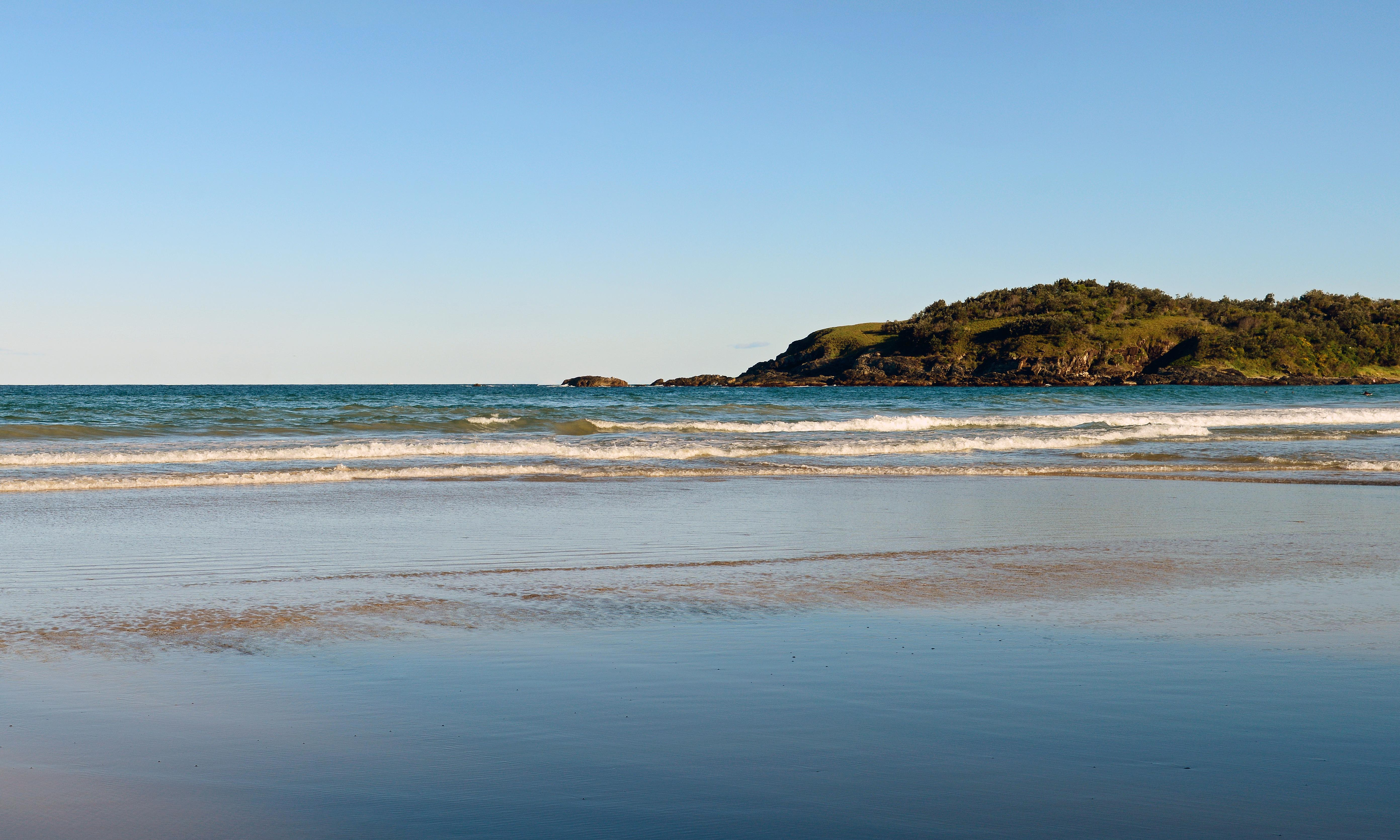 Two drown, one missing, at Moonee Beach on NSW mid-north coast