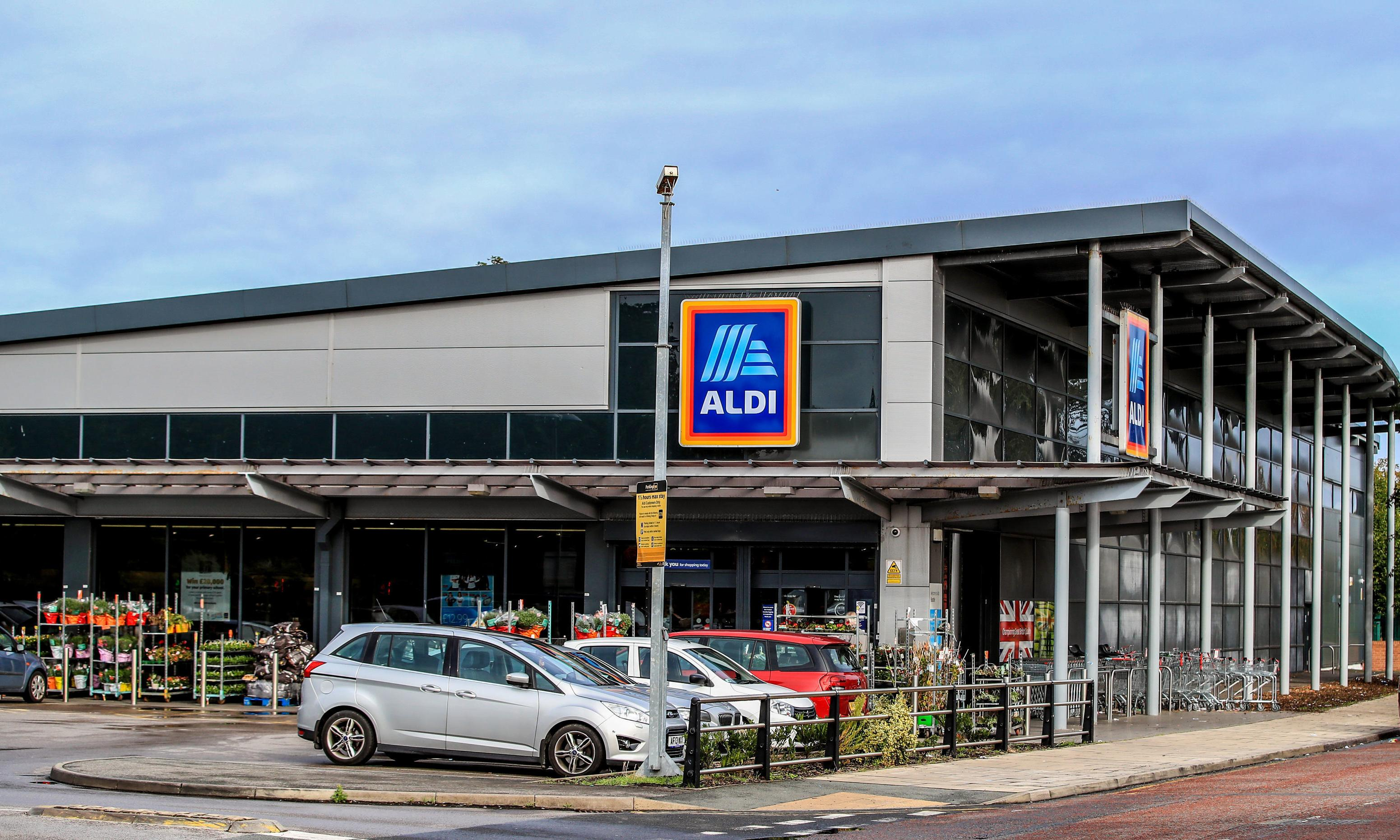 Aldi to become UK's 'best-paying supermarket' with wage rise