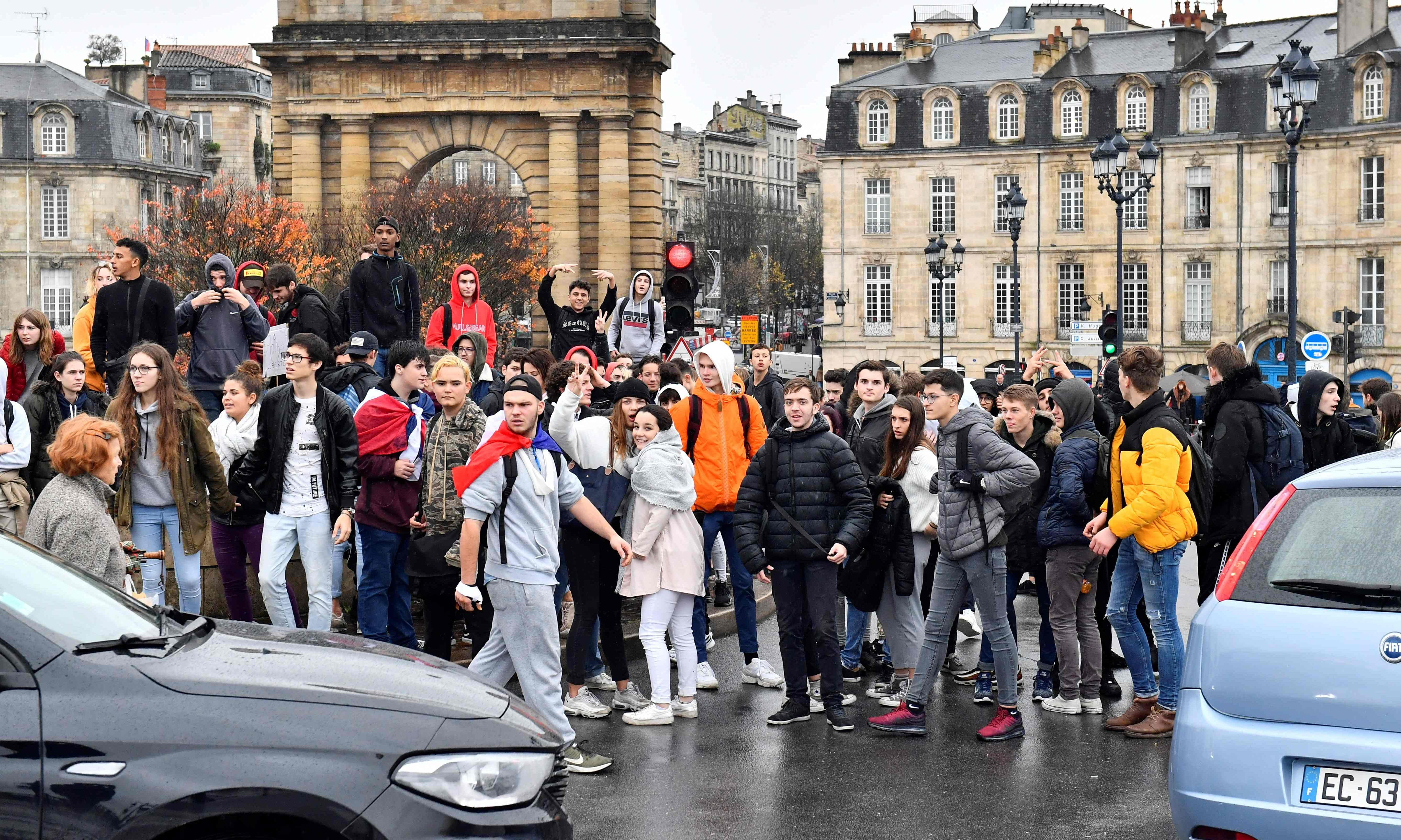 Students blockade schools as French protests spread